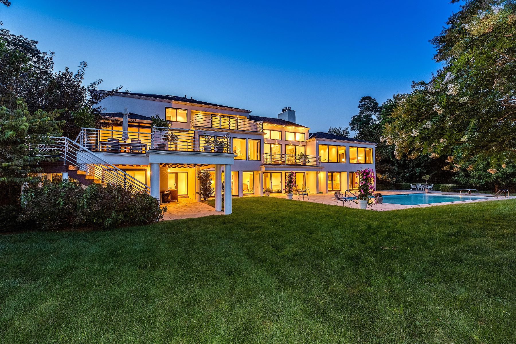 Single Family Homes 為 出售 在 Sands Point 29 Hoffstot Ln, Sands Point, 纽约 11050 美國