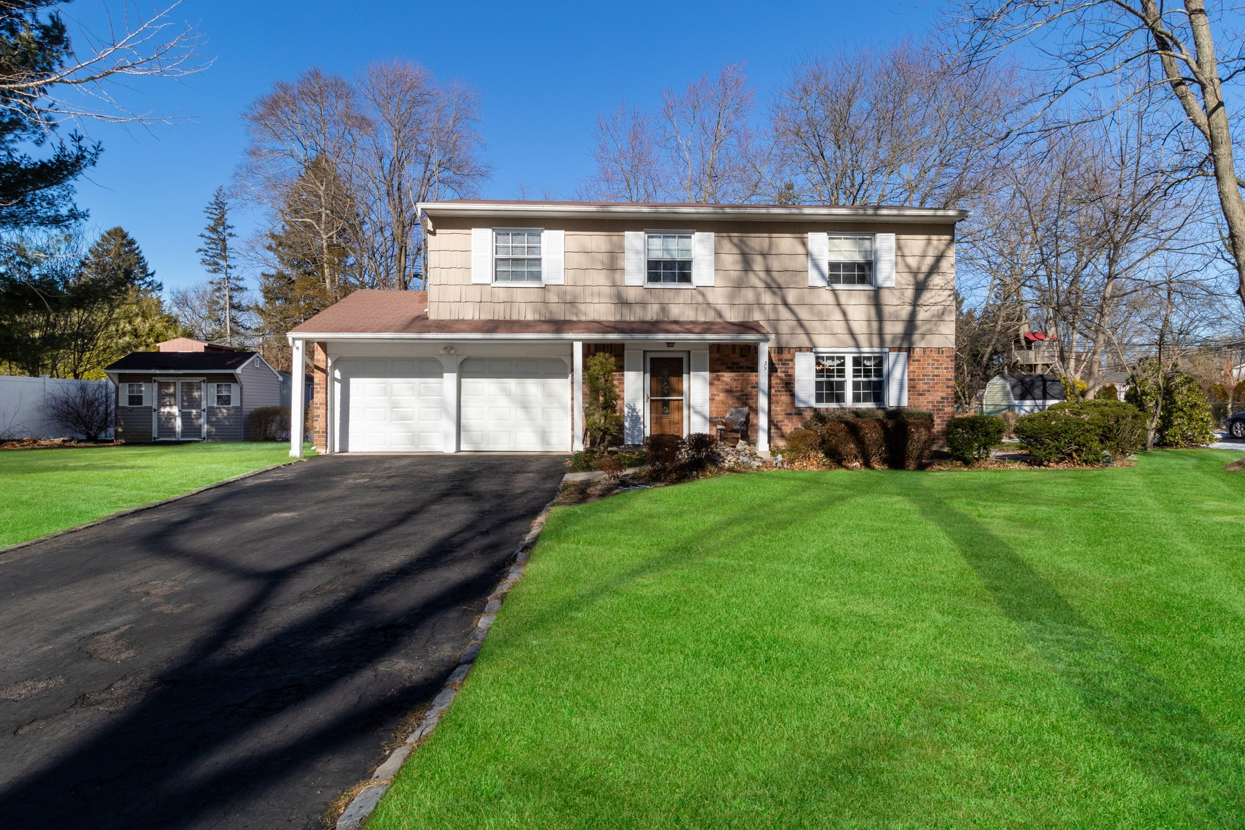 Single Family Homes for Active at Greenlawn 39 Aster Street Greenlawn, New York 11740 United States