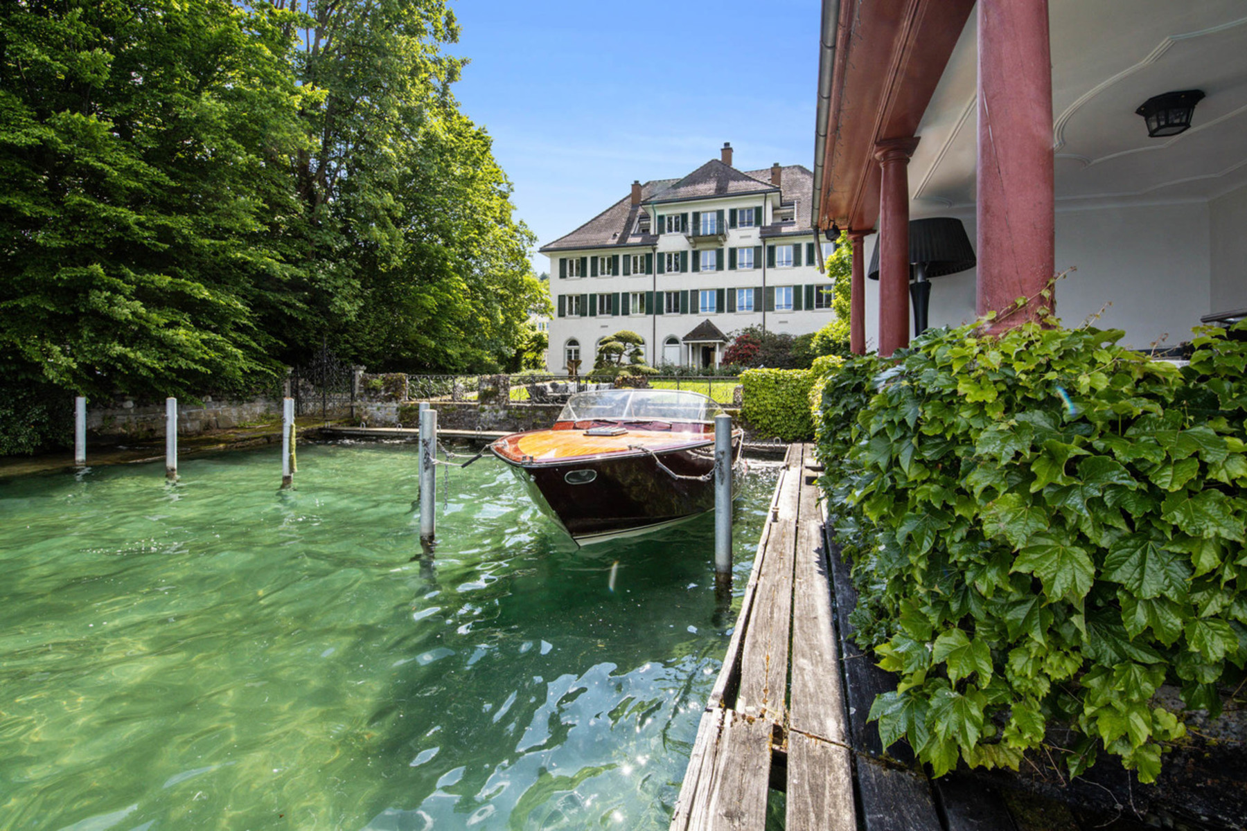 Single Family Homes for Active at Historic villa with a private shore Wädenswil Wadenswil, Zurich 8820 Switzerland