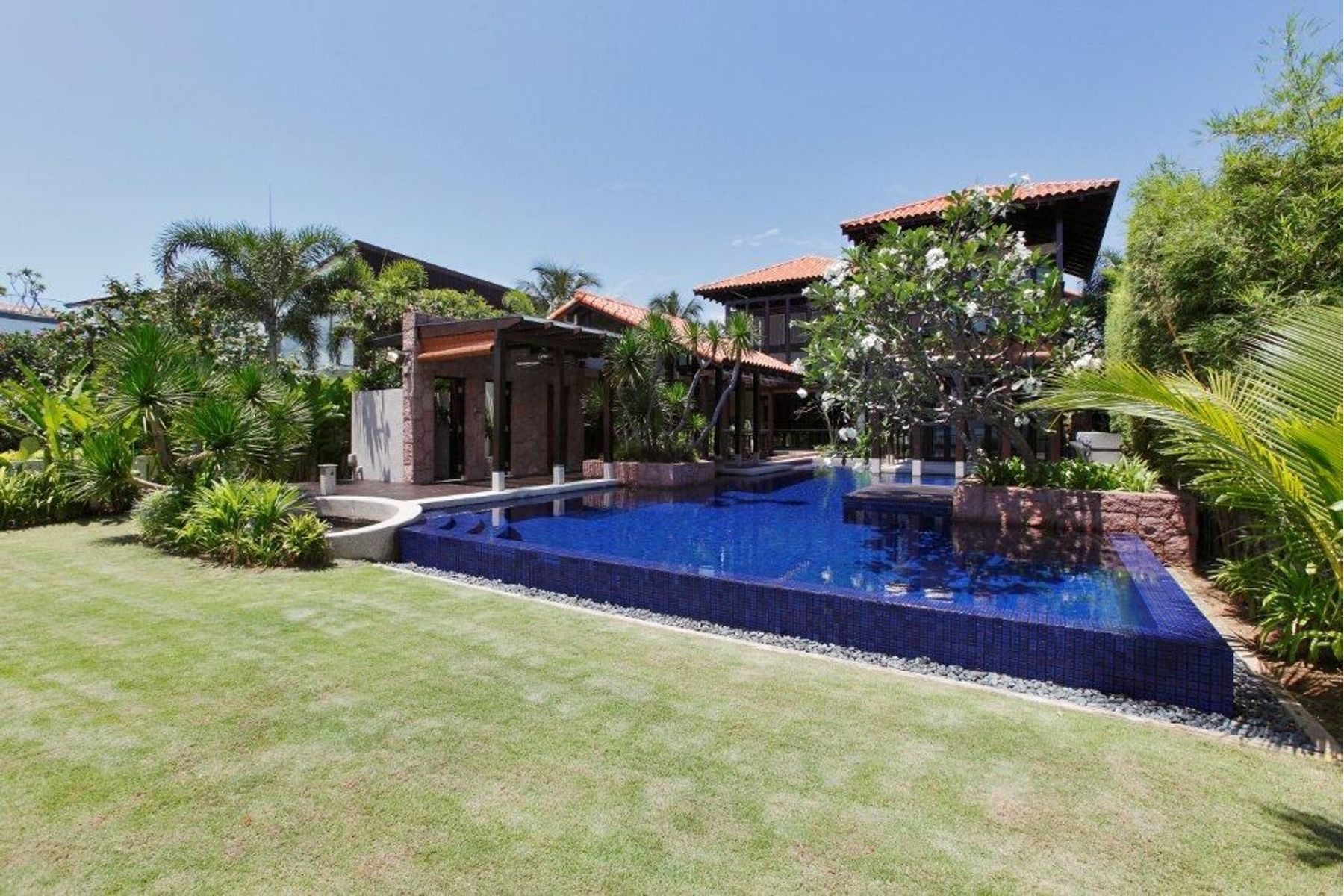 single family homes for Sale at Sentosa Cove Singapore, Cities In Singapore Singapore