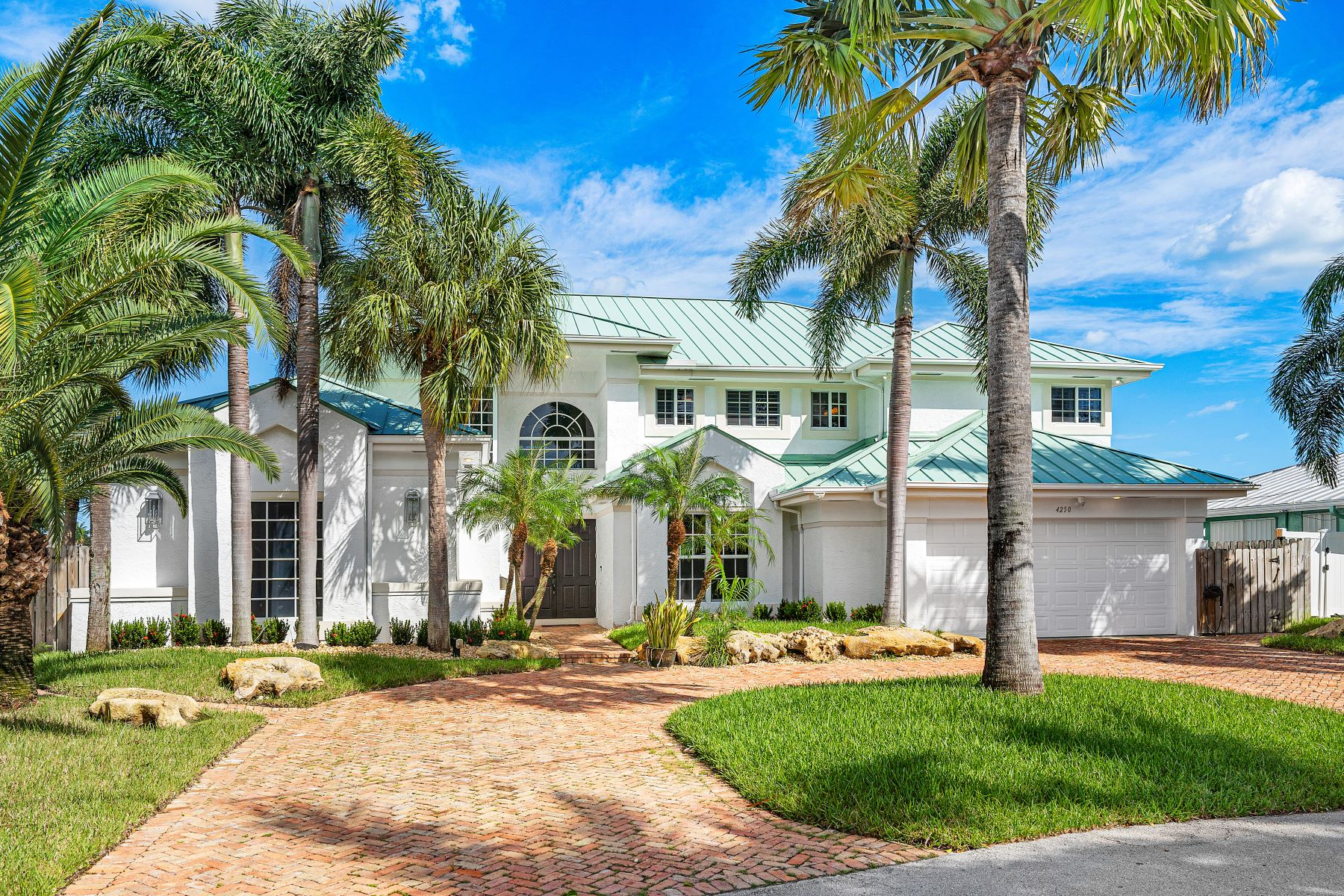 Single Family Homes for Sale at Lighthouse Point, Florida 33064 United States