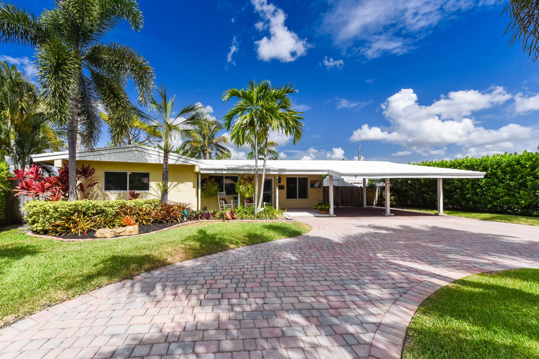 single family homes for Active at 1331 Se 5th Ave Pompano Beach, Florida 33060 United States