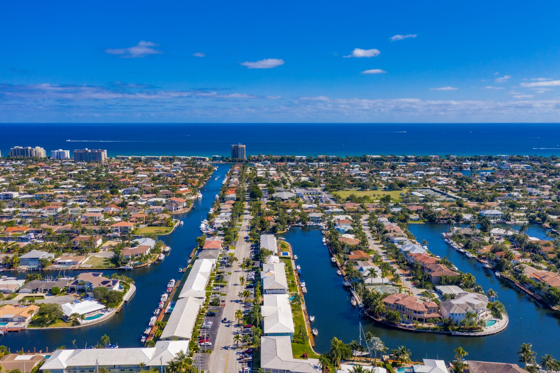 Condominiums for Sale at 2400 Ne 36th St 12 Lighthouse Point, Florida 33064 United States