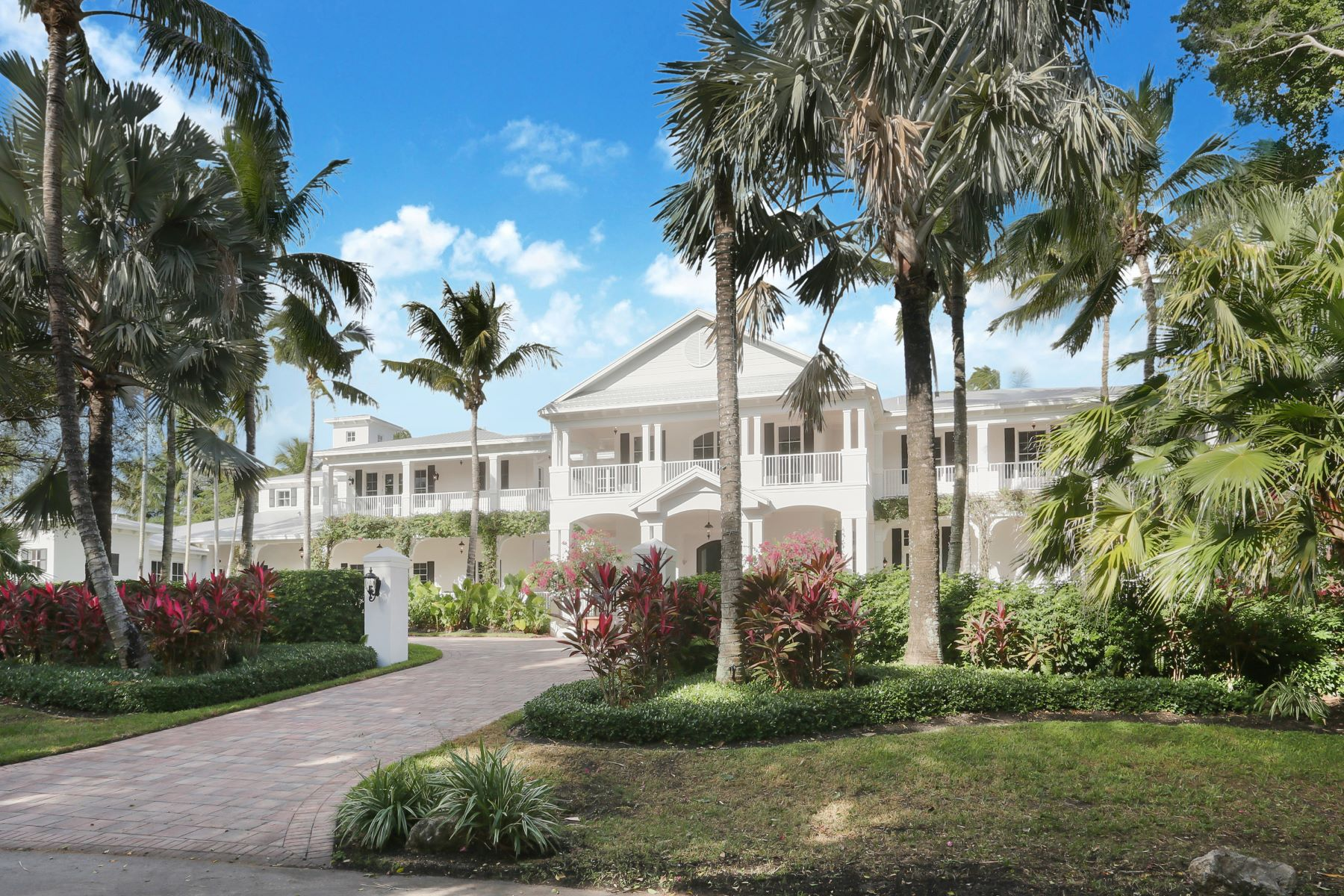 Single Family Homes por un Venta en 6005 Le Lac Road Boca Raton, Florida 33496 Estados Unidos