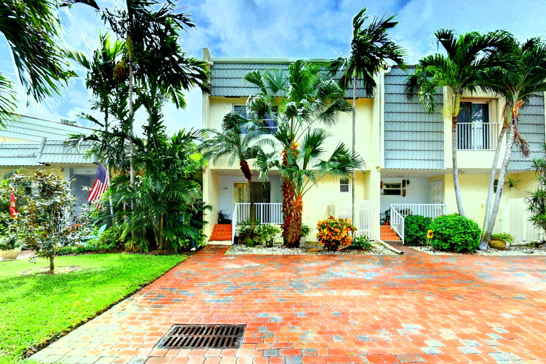 townhouses for Sale at 1110 Russell Drive 68 Highland Beach, Florida 33487 United States