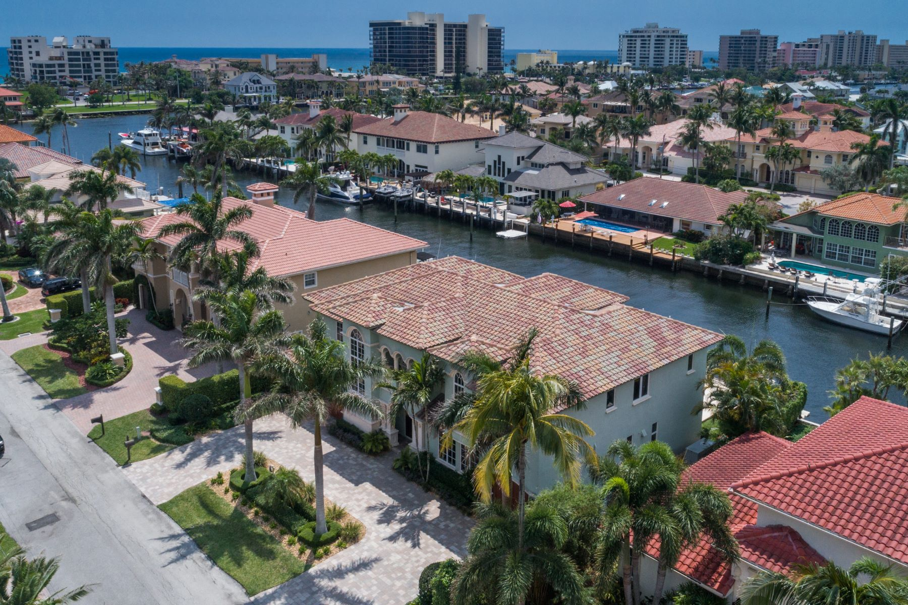 Single Family Home for Active at 936 Hyacinth Drive 936 Hyacinth Drive Delray Beach, Florida 33483 United States