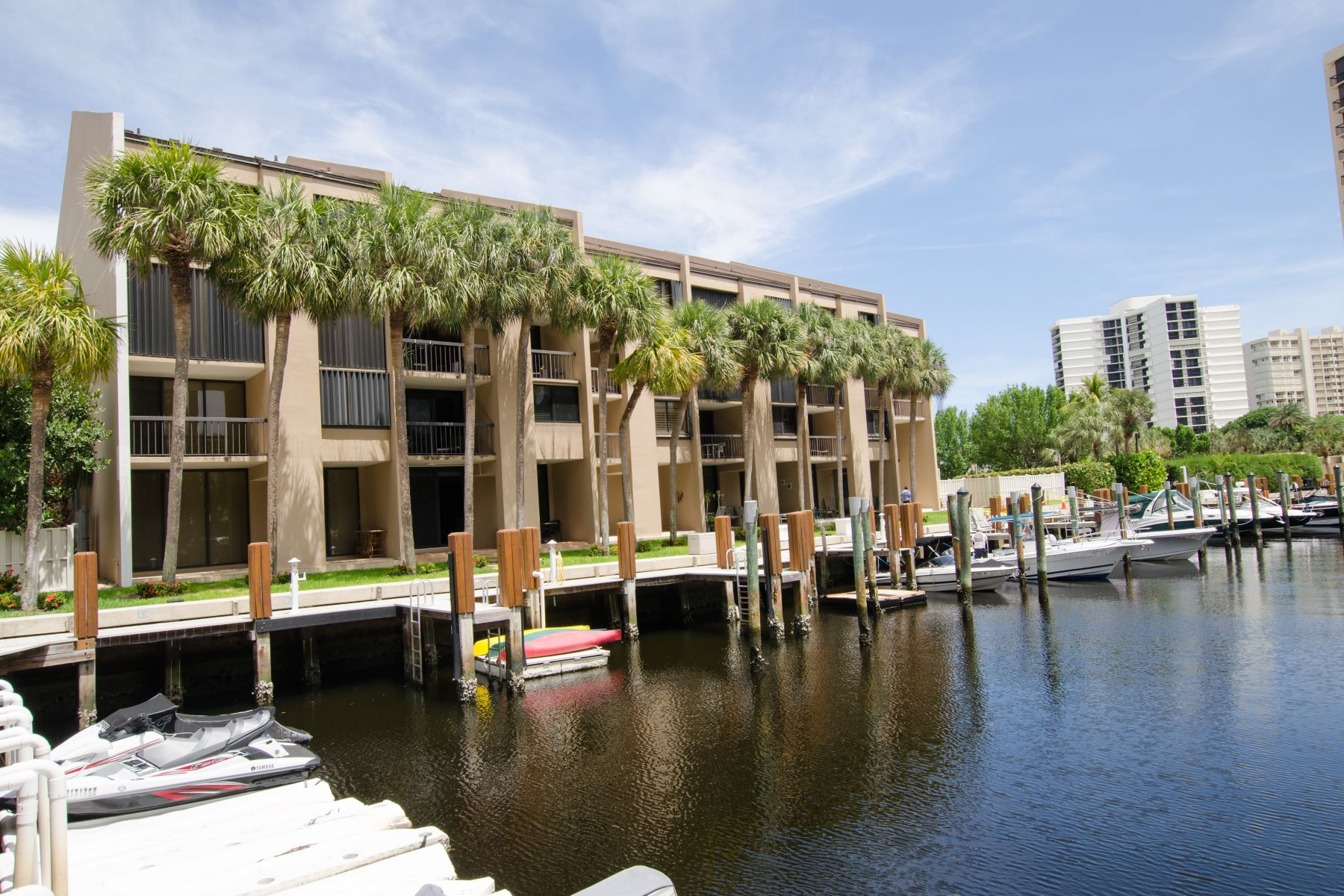 Condominium for Active at 4746 S Ocean Boulevard 4746 S Ocean Boulevard 10 Highland Beach, Florida 33487 United States