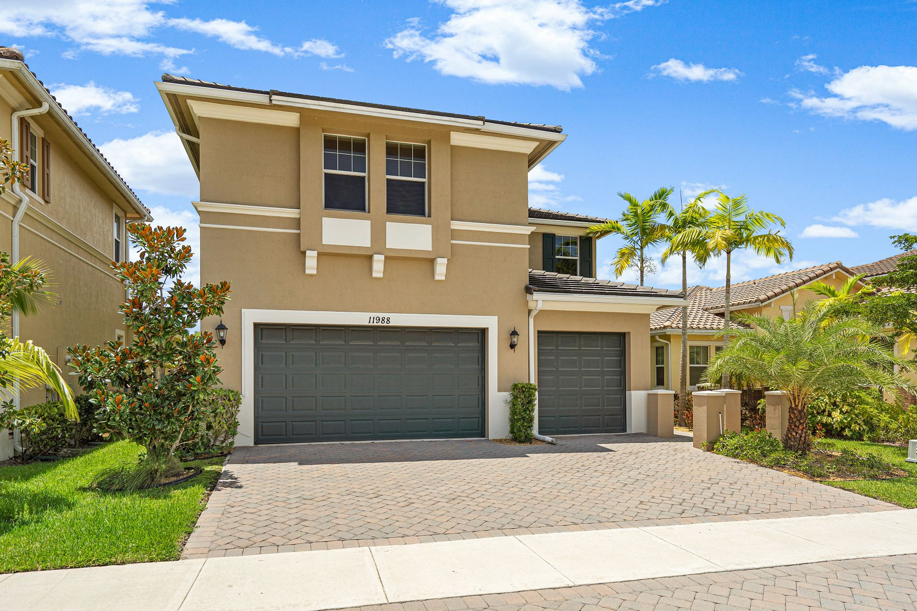 Single Family Homes for Sale at Parkland, Florida 33067 United States