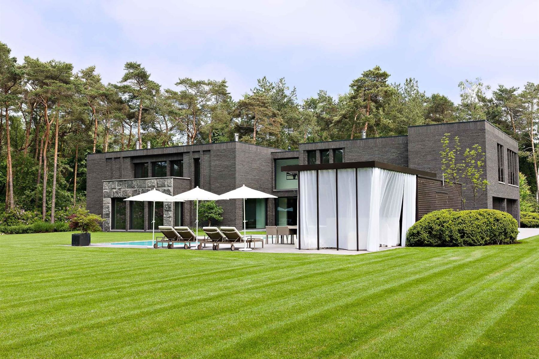 Single Family Homes for Sale at Antwerp I Kapellen Kapellen, Antwerp 2950 Belgium