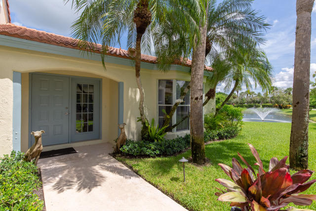 townhouses for Sale at 2235 Las Brisas Court, Other, FL 2235 Las Brisas Court Other Areas, Florida 00000 United States