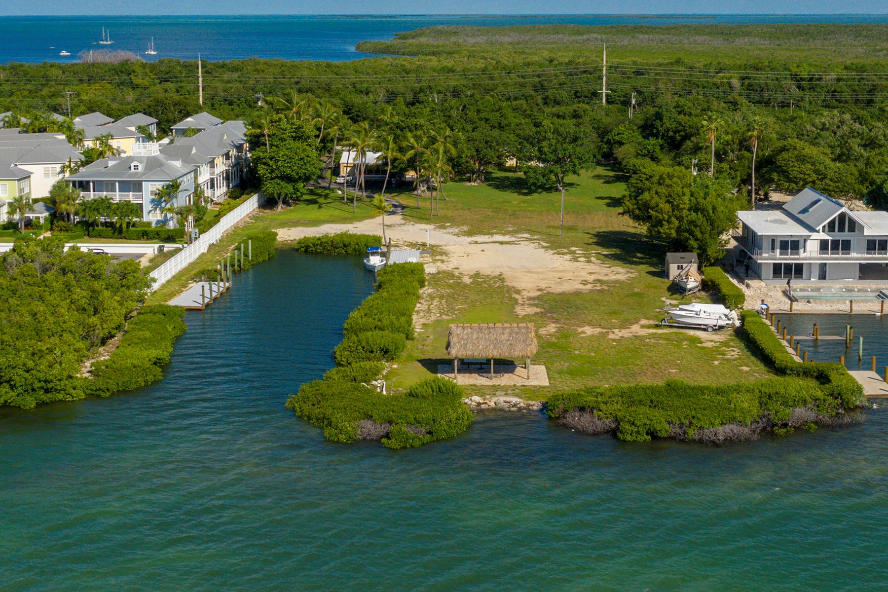 Single Family Homes for Sale at 85261 Old Highway, Islamorada, FL 85261 Old Highway Islamorada, Florida 33036 United States