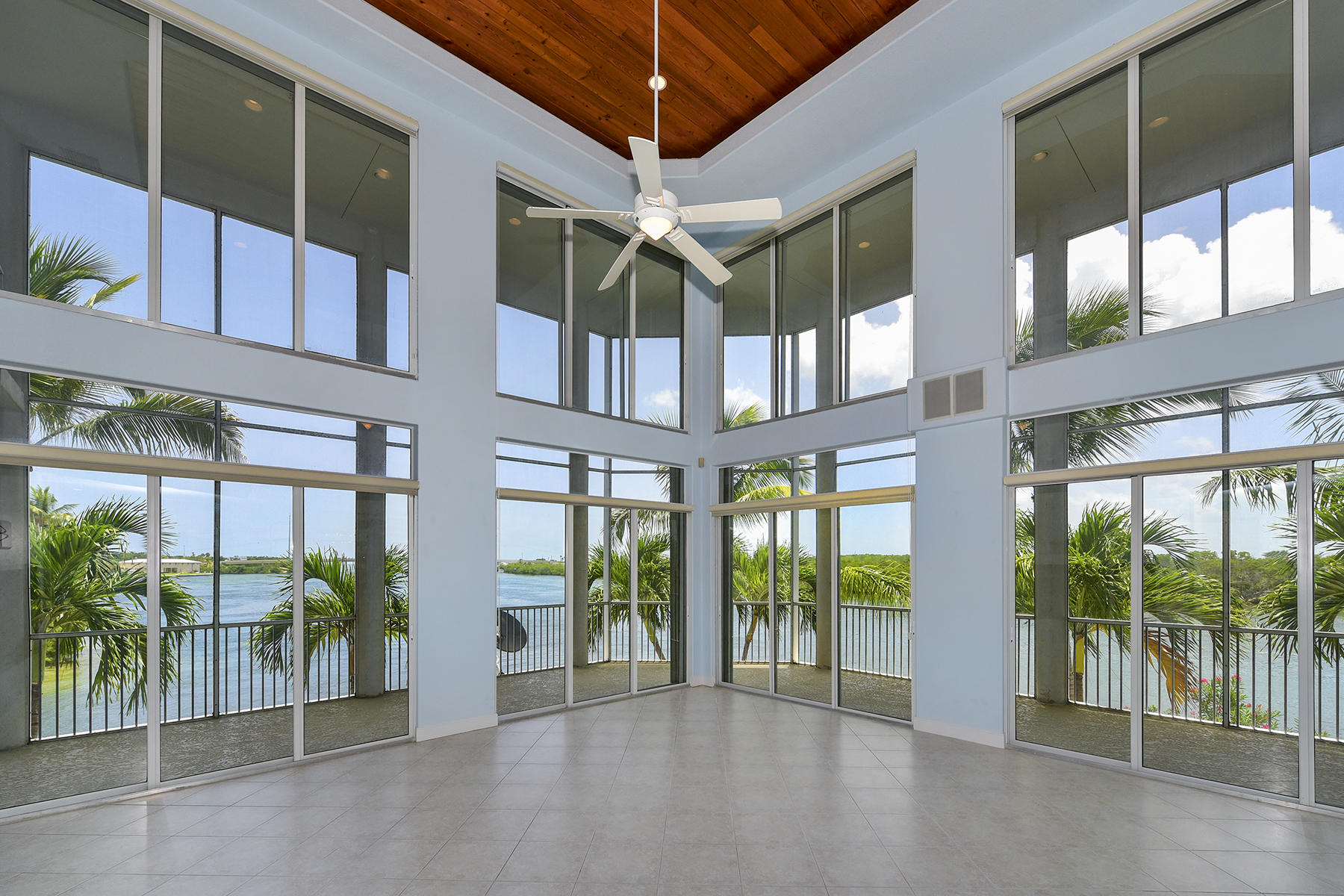 Single Family Homes for Active at 161 Palo De Oro Drive, Islamorada, FL 161 Palo De Oro Drive Islamorada, Florida 33036 United States