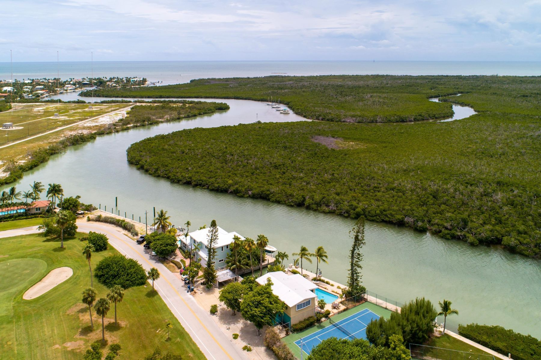 Duplex Homes for Sale at 1801 Sombrero Boulevard, Marathon, FL 1801 Sombrero Boulevard Marathon, Florida 33050 United States
