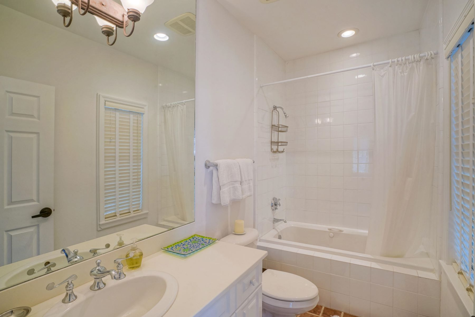 Additional photo for property listing at 61 Sunset Key Drive, Key West, FL  Key West, Florida 33040 United States