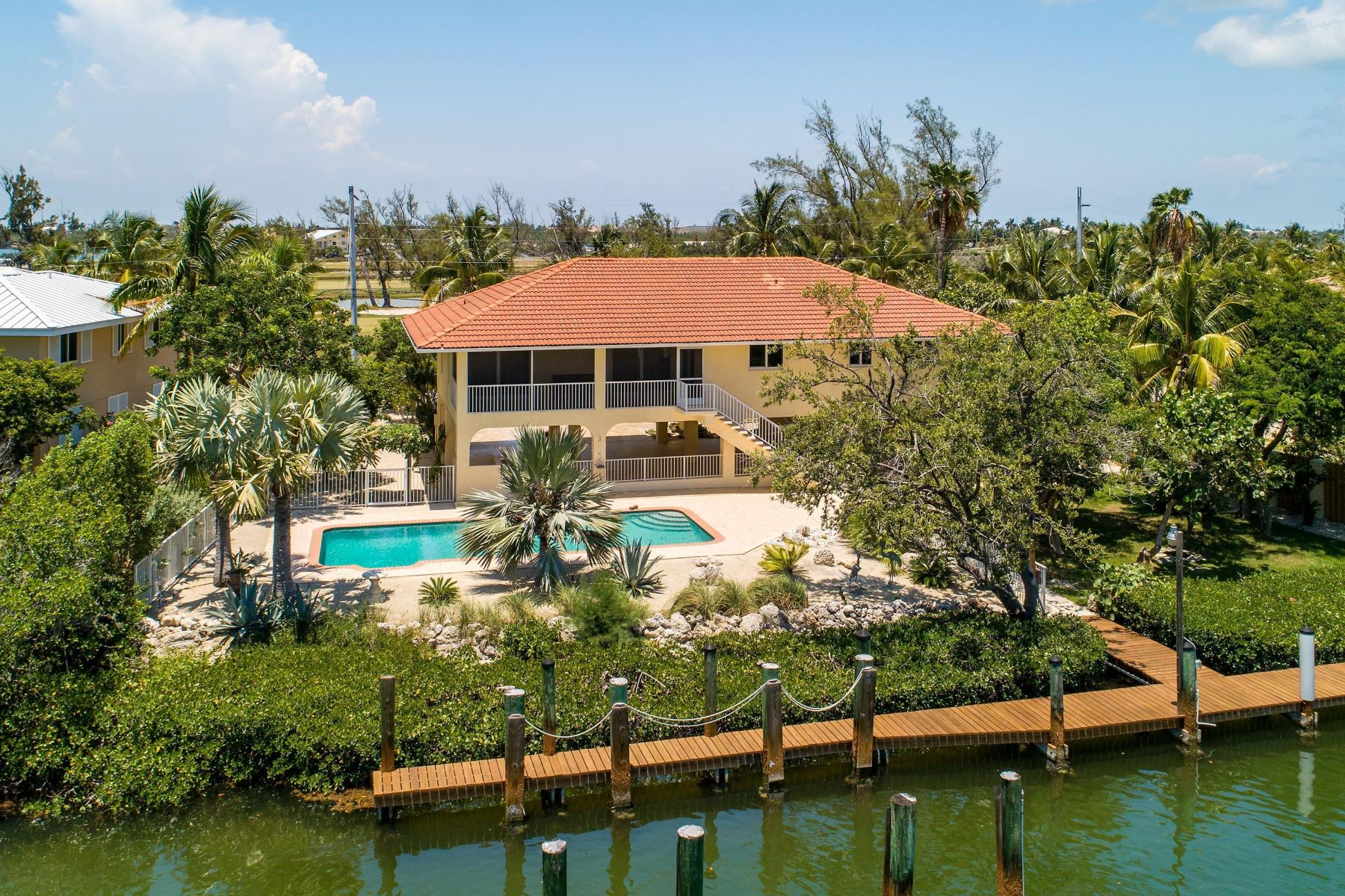 Single Family Homes for Sale at 2697 Sombrero Boulevard, Marathon, FL 2697 Sombrero Boulevard Marathon, Florida 33050 United States