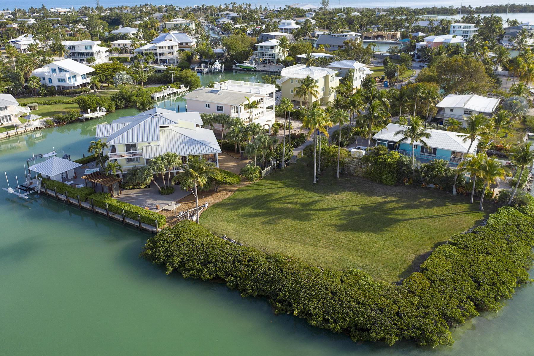 Single Family Homes für Verkauf beim 165 Bayview Drive, Islamorada, FL Islamorada, Florida 33036 Vereinigte Staaten