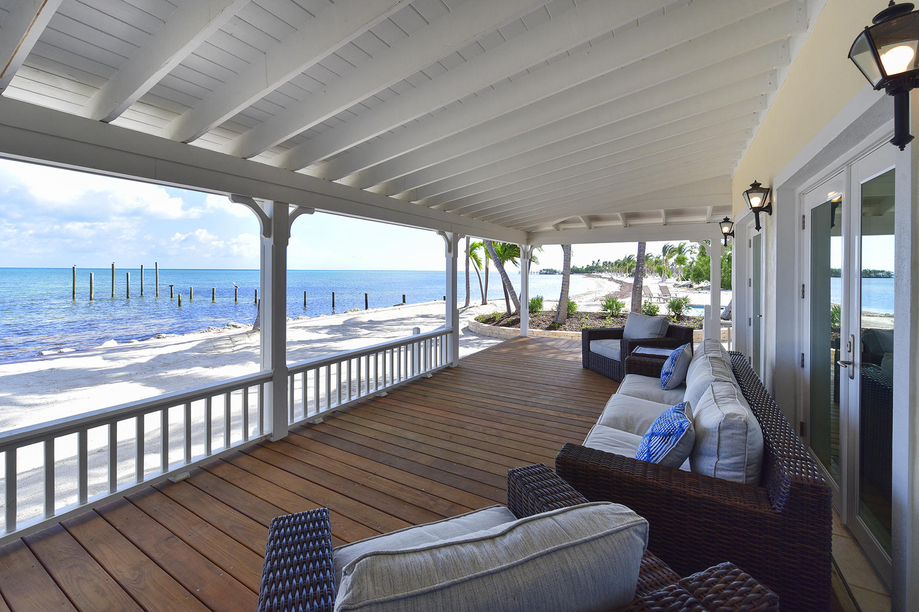 Single Family Homes for Sale at 77001 Overseas Highway, Islamorada, FL 77001 Overseas Highway Islamorada, Florida 33036 United States