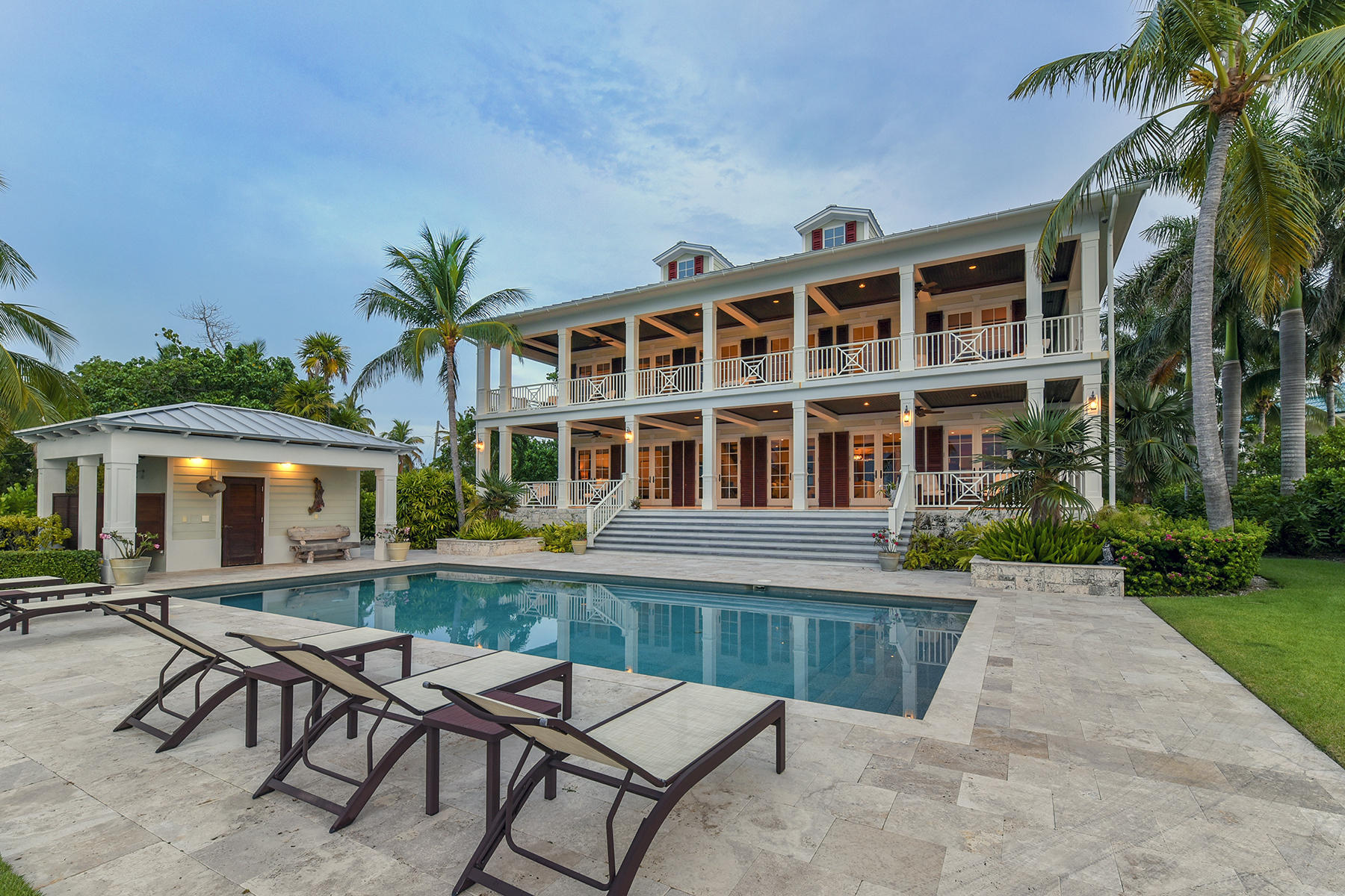 Single Family Homes for Active at 75300 Overseas Highway, Islamorada, FL 75300 Overseas Highway Islamorada, Florida 33036 United States