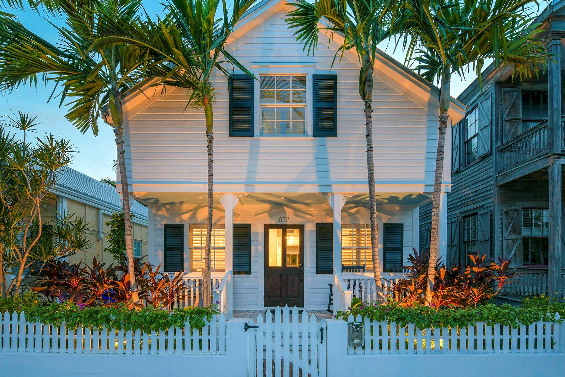 Single Family Homes для того Продажа на 612 White Street, Key West, FL Key West, Флорида 33040 Соединенные Штаты