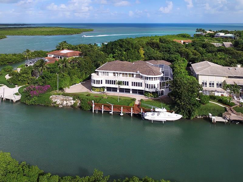 Single Family Homes pour l Vente à Key Largo, Floride 33037 États-Unis