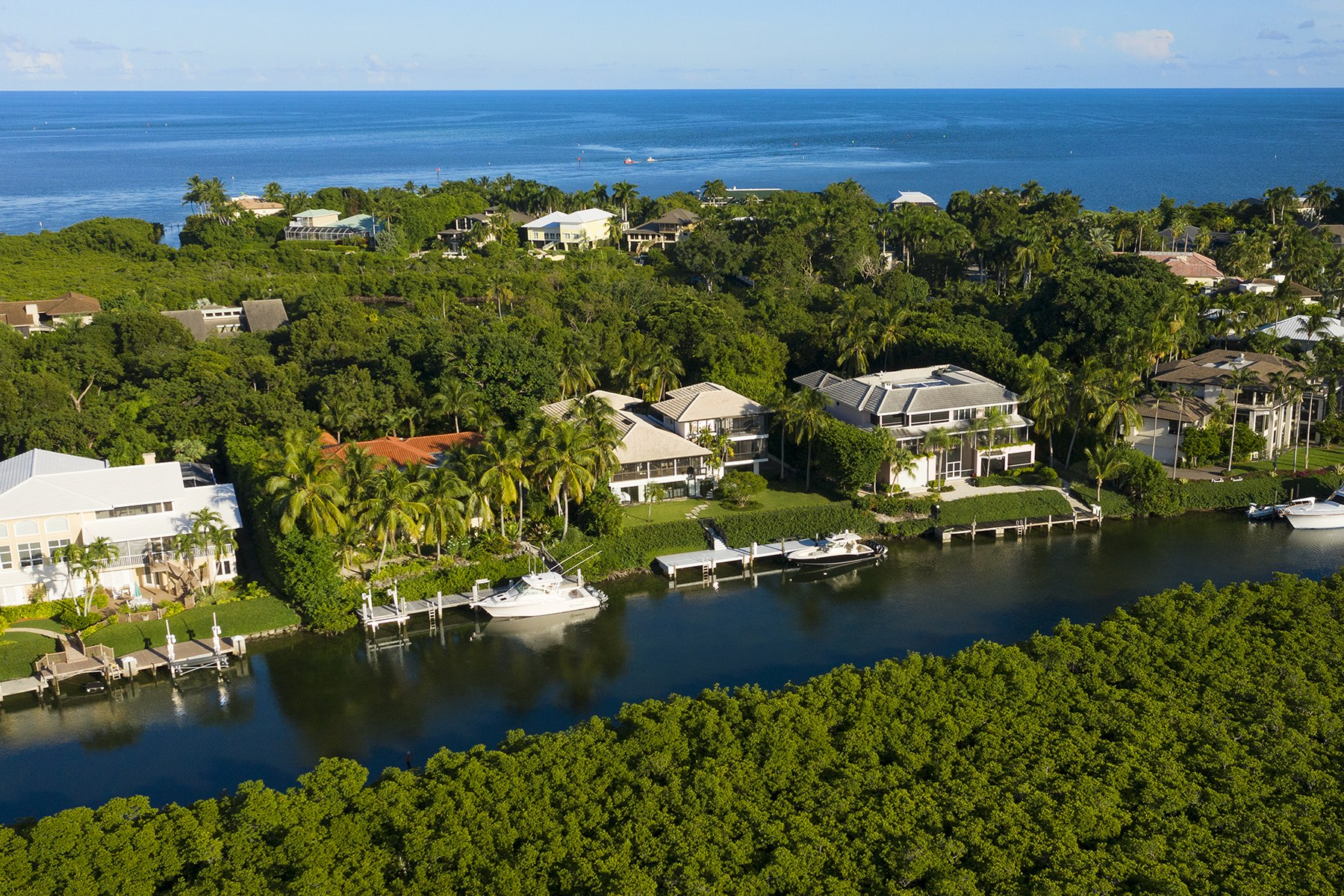 Single Family Homes for Sale at 31 Cardinal Lane, Key Largo, FL 31 Cardinal Lane Key Largo, Florida 33037 United States