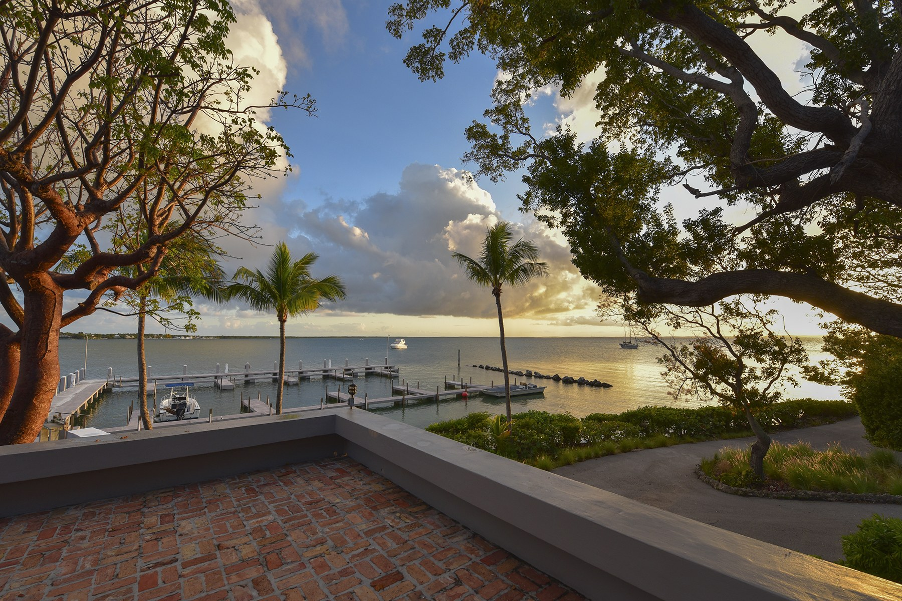 Additional photo for property listing at Pumpkin Key - Private Island, Key Largo, FL  Key Largo, Florida 33037 Estados Unidos
