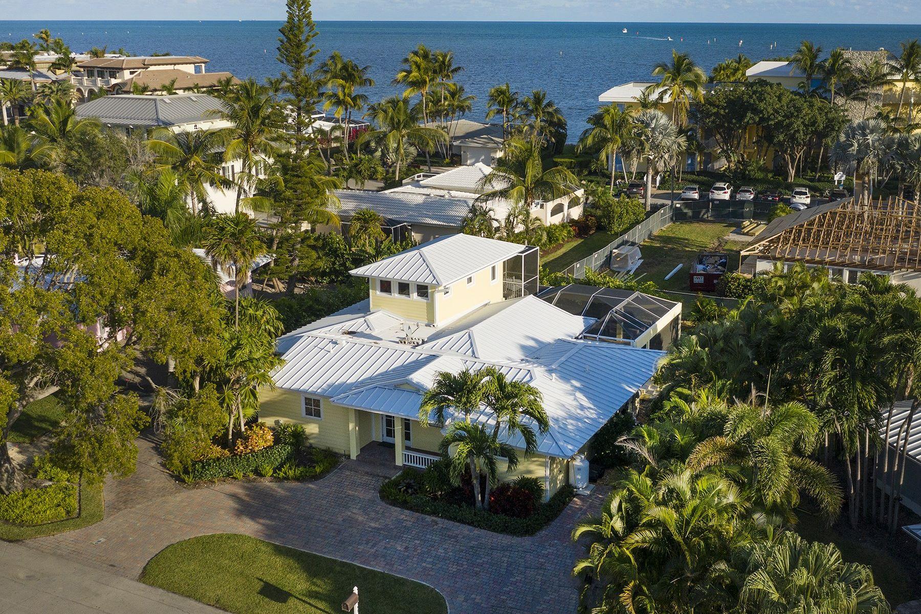 Single Family Homes 为 销售 在 302 Carysfort Road, Key Largo, FL 302 Carysfort Road 拉哥, 佛罗里达州 33037 美国