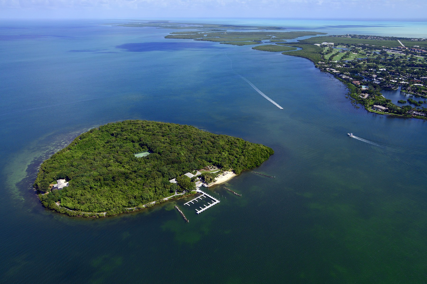 Property 為 出售 在 Pumpkin Key - Private Island, Key Largo, FL Key Largo, 佛羅里達州 33037 美國