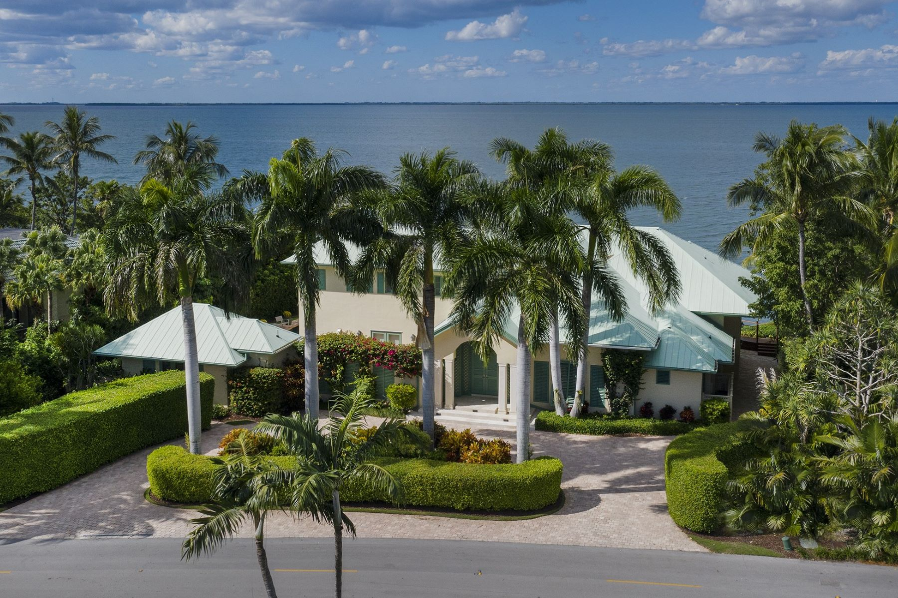 Single Family Homes for Sale at 35 Card Sound Road, Key Largo, FL 35 Card Sound Road Key Largo, Florida 33037 United States