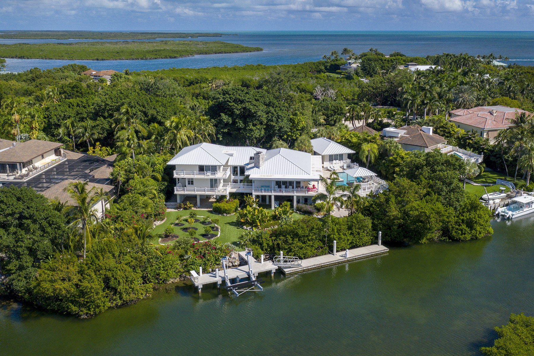 Single Family Homes のために 売買 アット 28 Cardinal Lane, Key Largo, FL Key Largo, フロリダ 33037 アメリカ