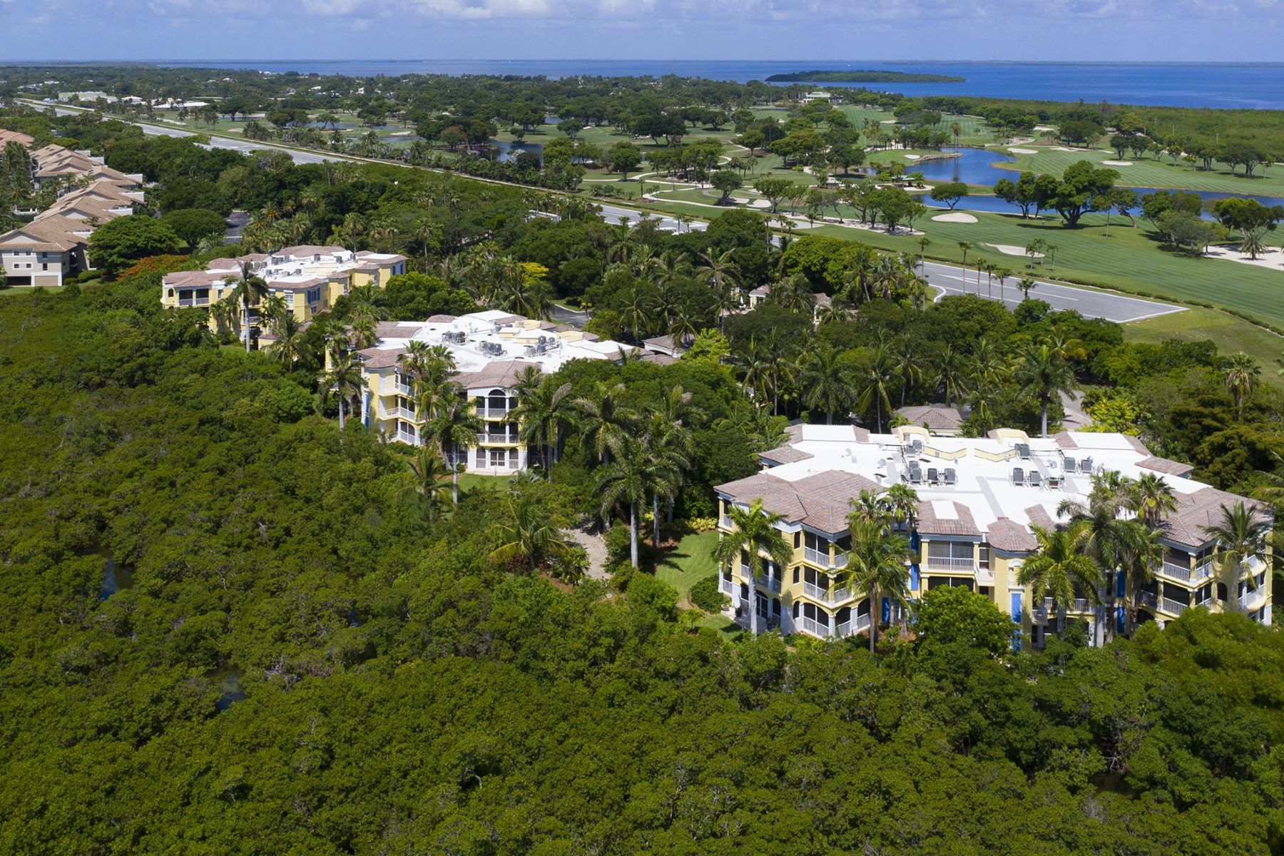 Condominiums pour l Vente à 2054 Sanctuary Terrace, #PH-2, Key Largo, FL 2054 Sanctuary Terrace, PH-2, Key Largo, Floride 33037 États-Unis