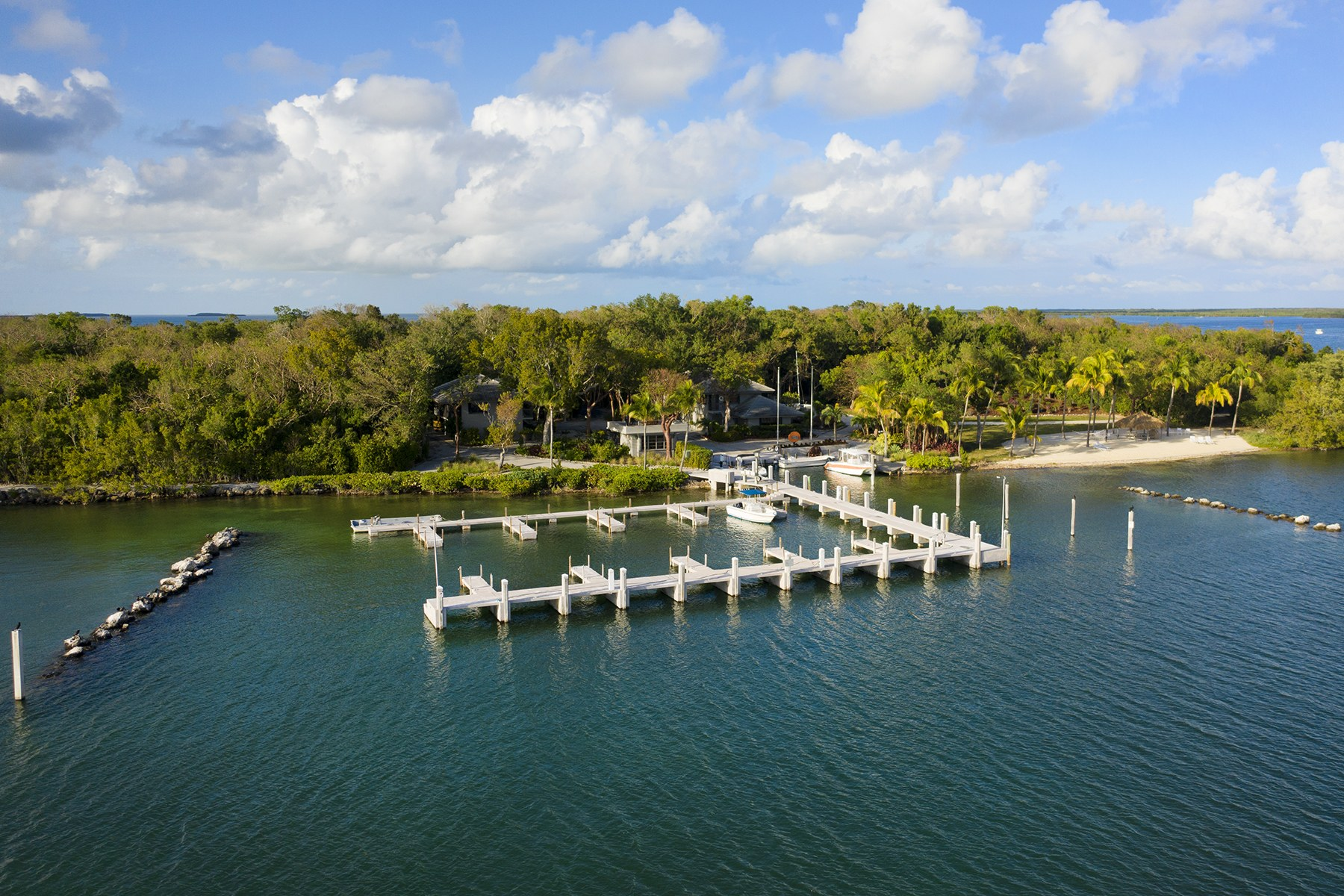 Additional photo for property listing at Pumpkin Key - Private Island, Key Largo, FL  Key Largo, Florida 33037 Stati Uniti