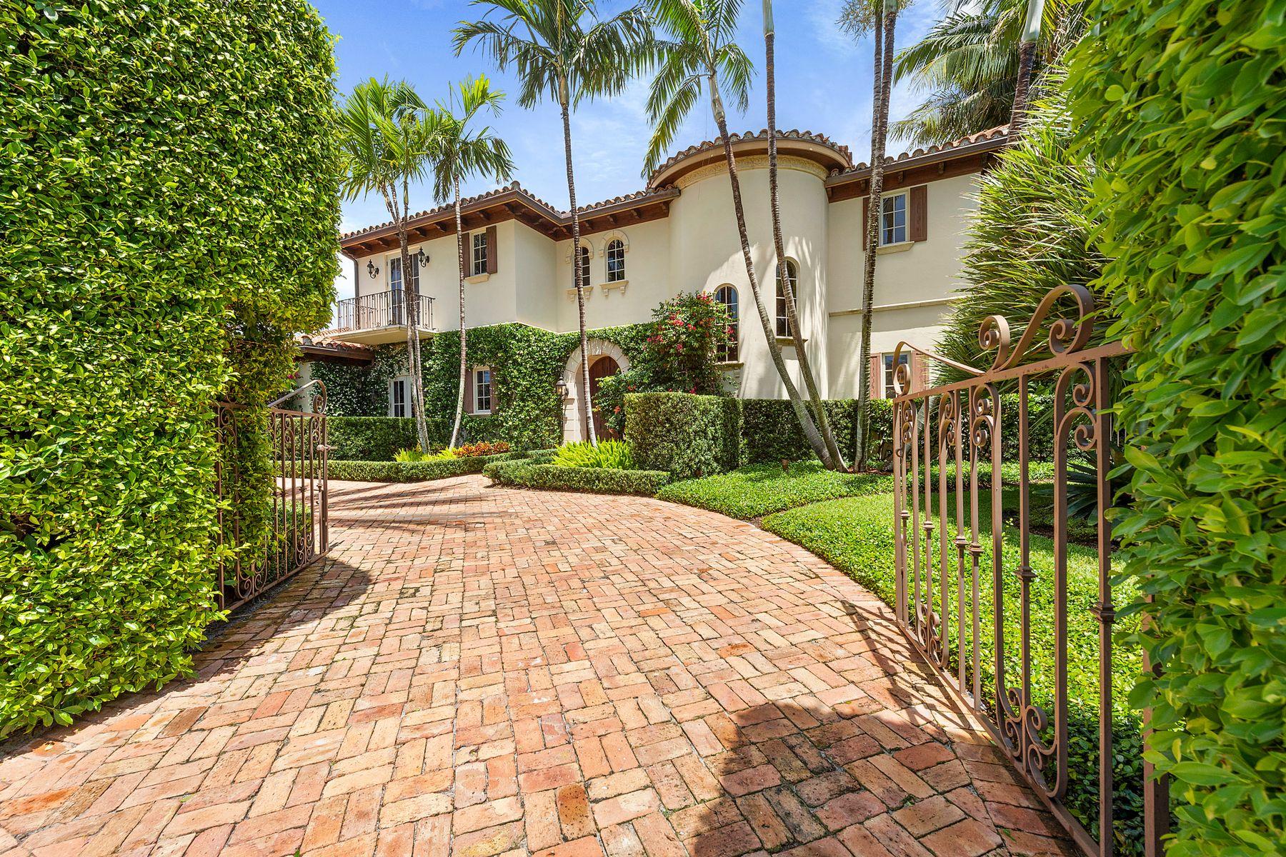 Single Family Homes por un Venta en Ocean Block Mediterranean Estate 169 Everglade Ave, Palm Beach, Florida 33480 Estados Unidos