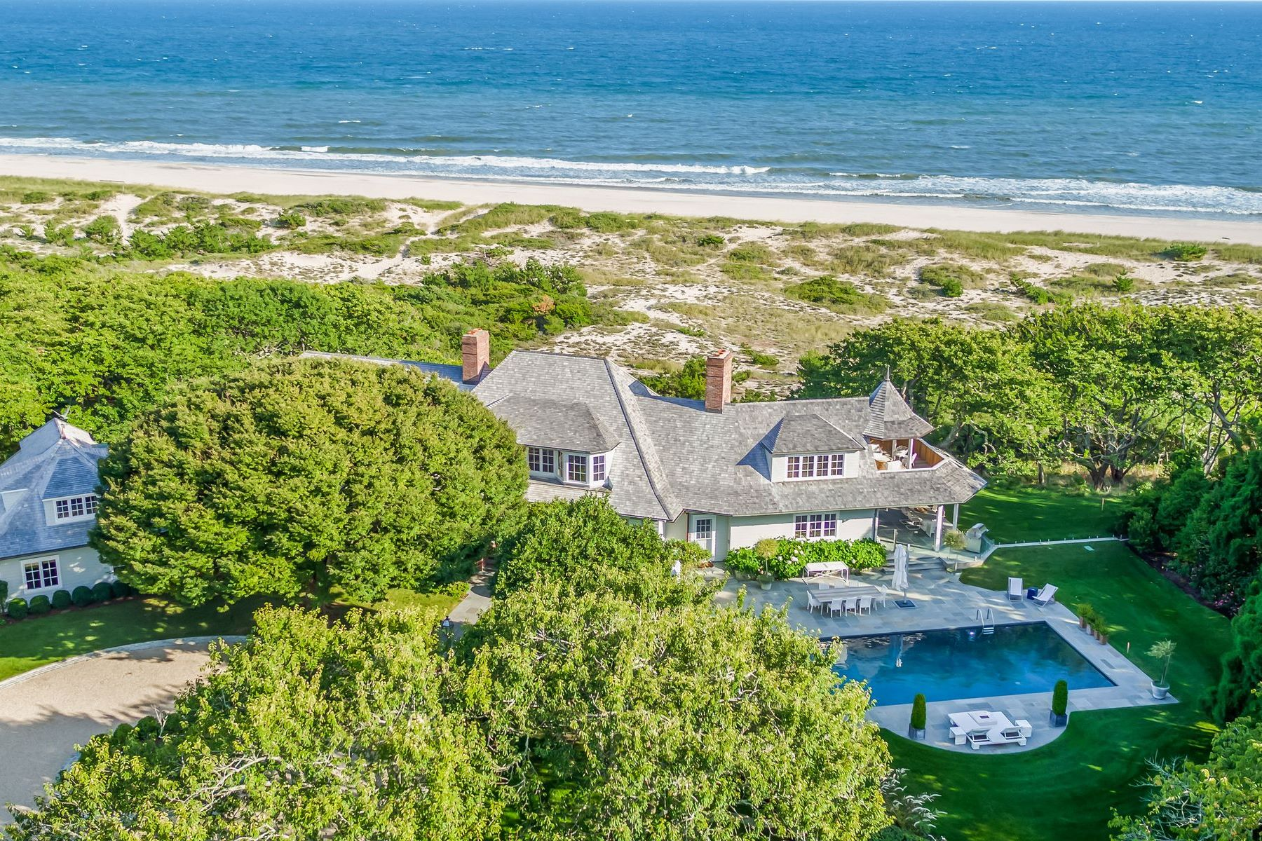 Single Family Homes for Sale at East Hampton Oceanfront Estate 32 Windmill Lane East Hampton, New York 11937 United States