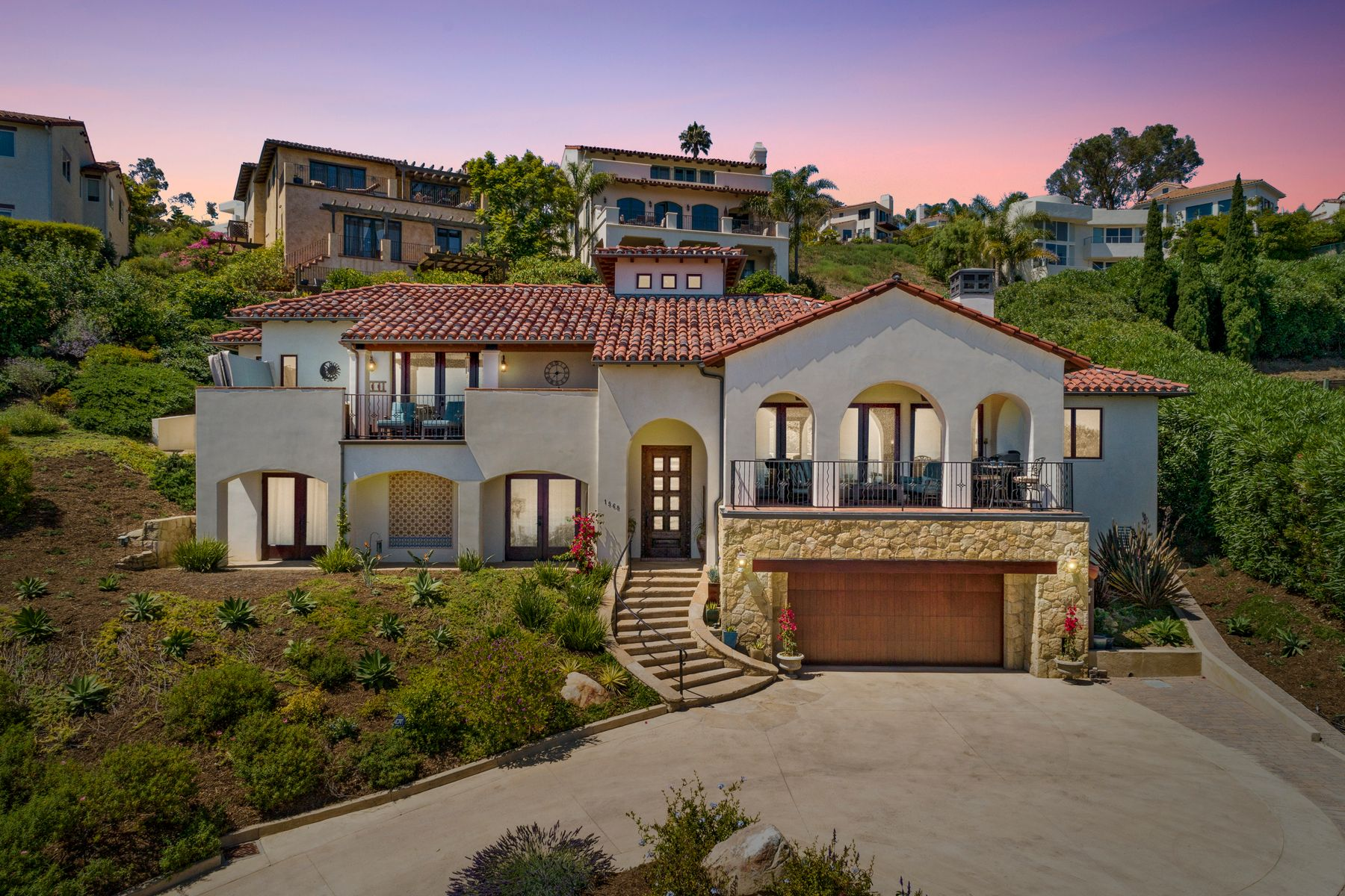 Single Family Homes for Sale at Mesa Dream Home 1568 La Vista Del Oceano Santa Barbara, California 93109 United States