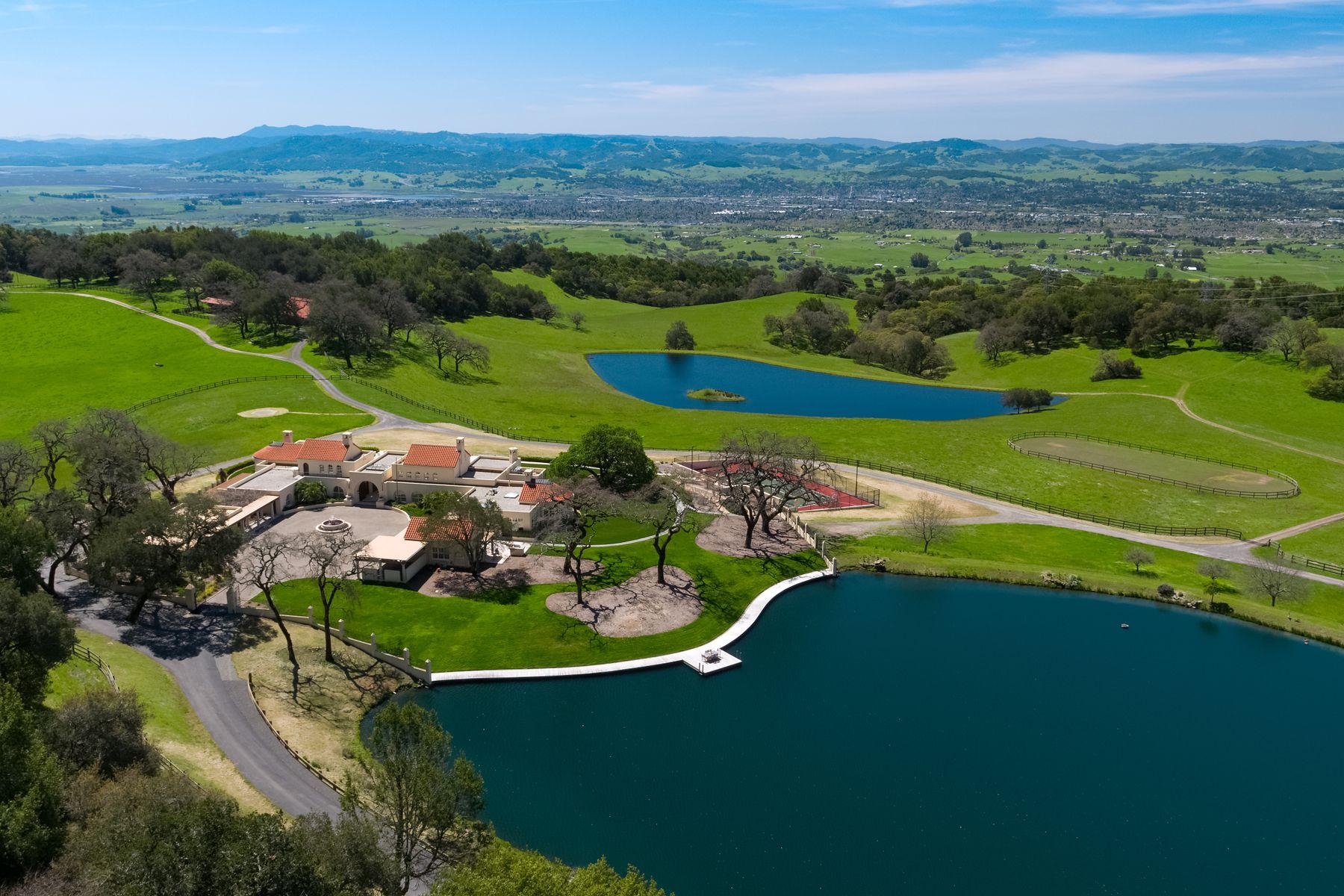 Single Family Homes por un Venta en Sonoma Mountain Ranch Petaluma, California 94954 Estados Unidos