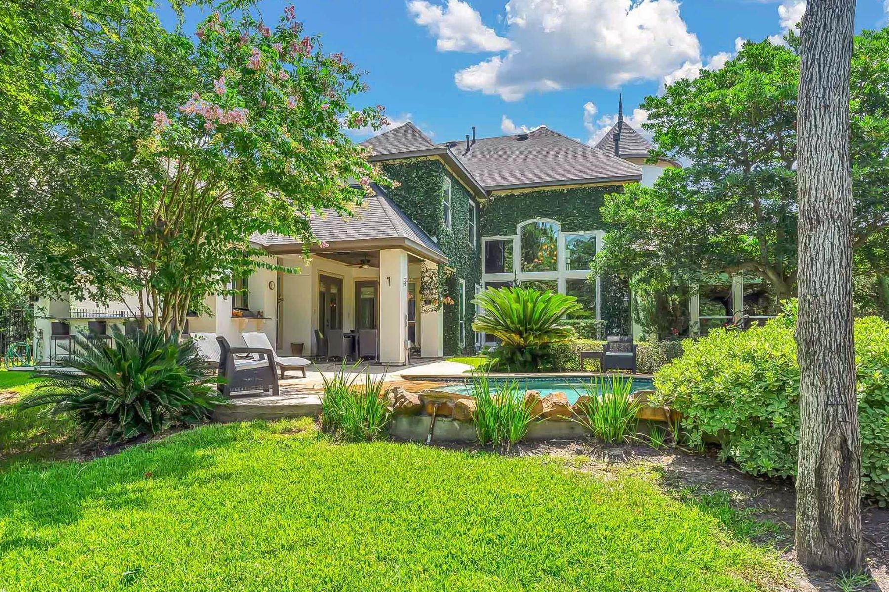 Single Family Homes for Sale at 31 Player Vista Place The Woodlands, Texas 77382 United States