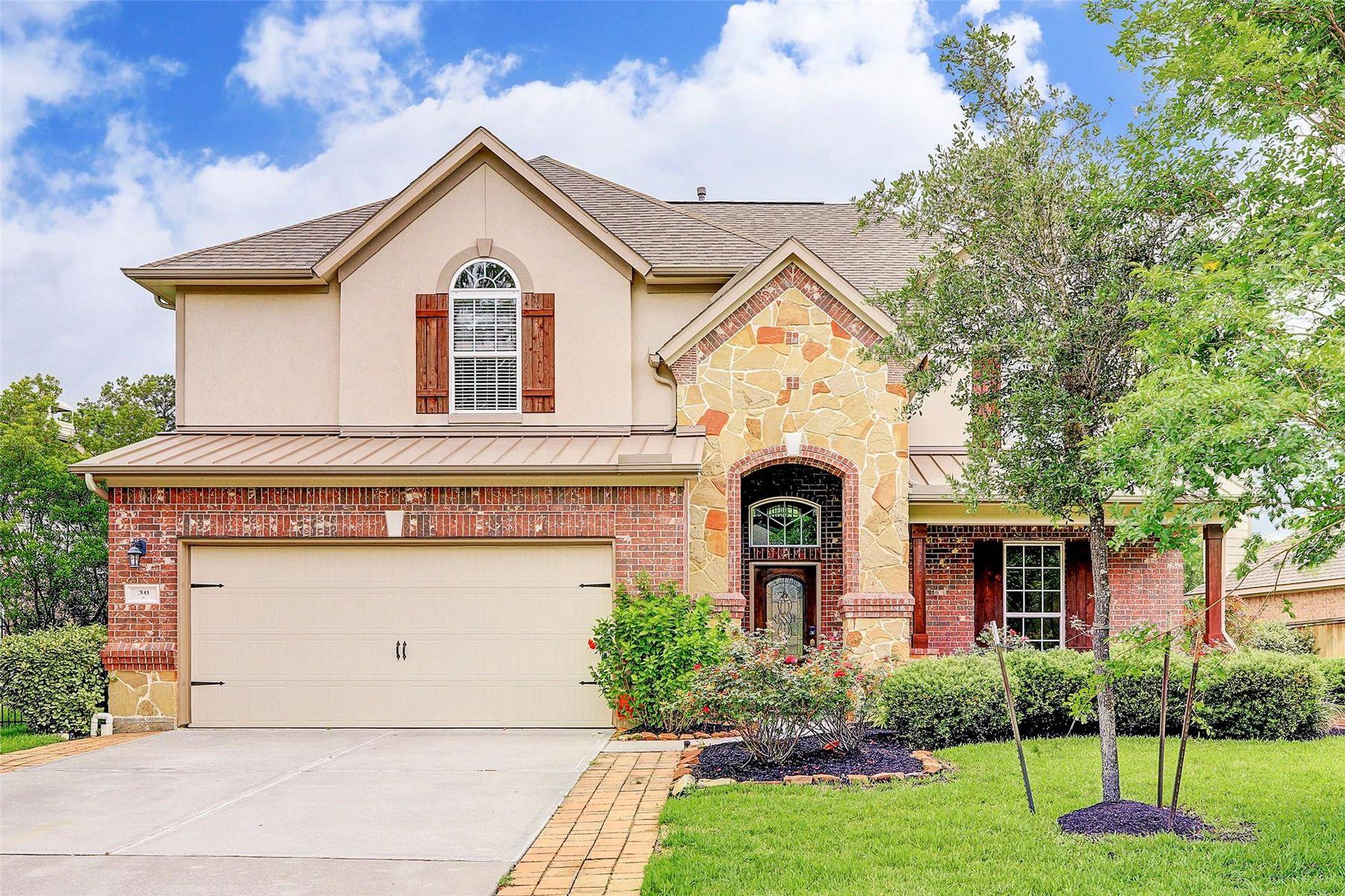 Single Family Homes para Venda às The Woodlands, Texas 77389 Estados Unidos