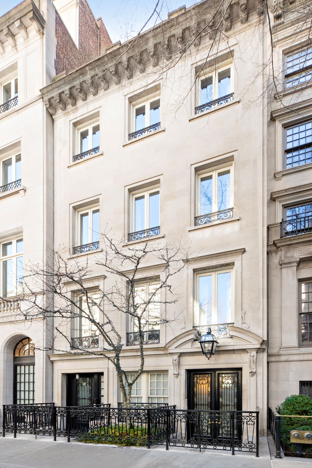 townhouses for Sale at 10 East 73rd Street New York, New York 10021 United States