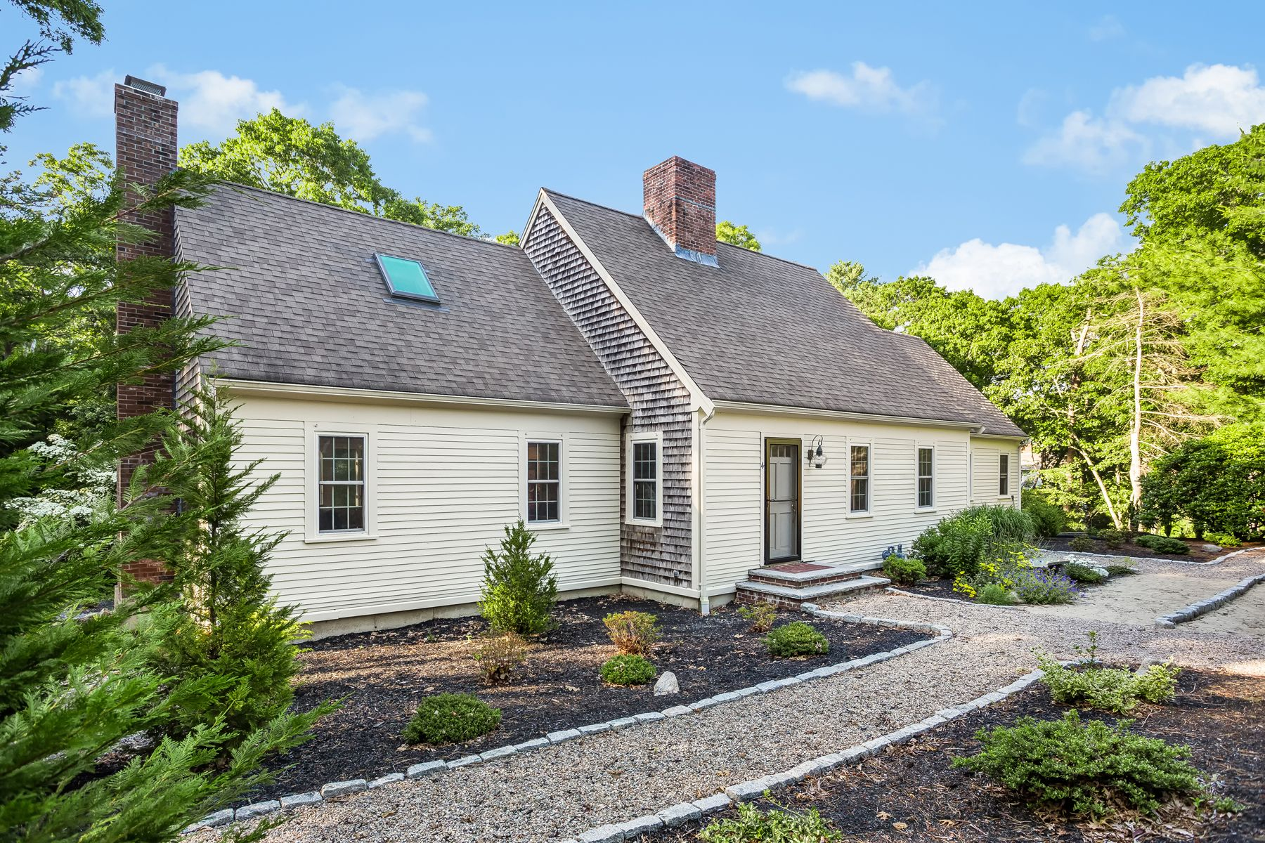 Single Family Homes for Active at 4 Briarpatch Circle East Sandwich, Massachusetts 02537 United States