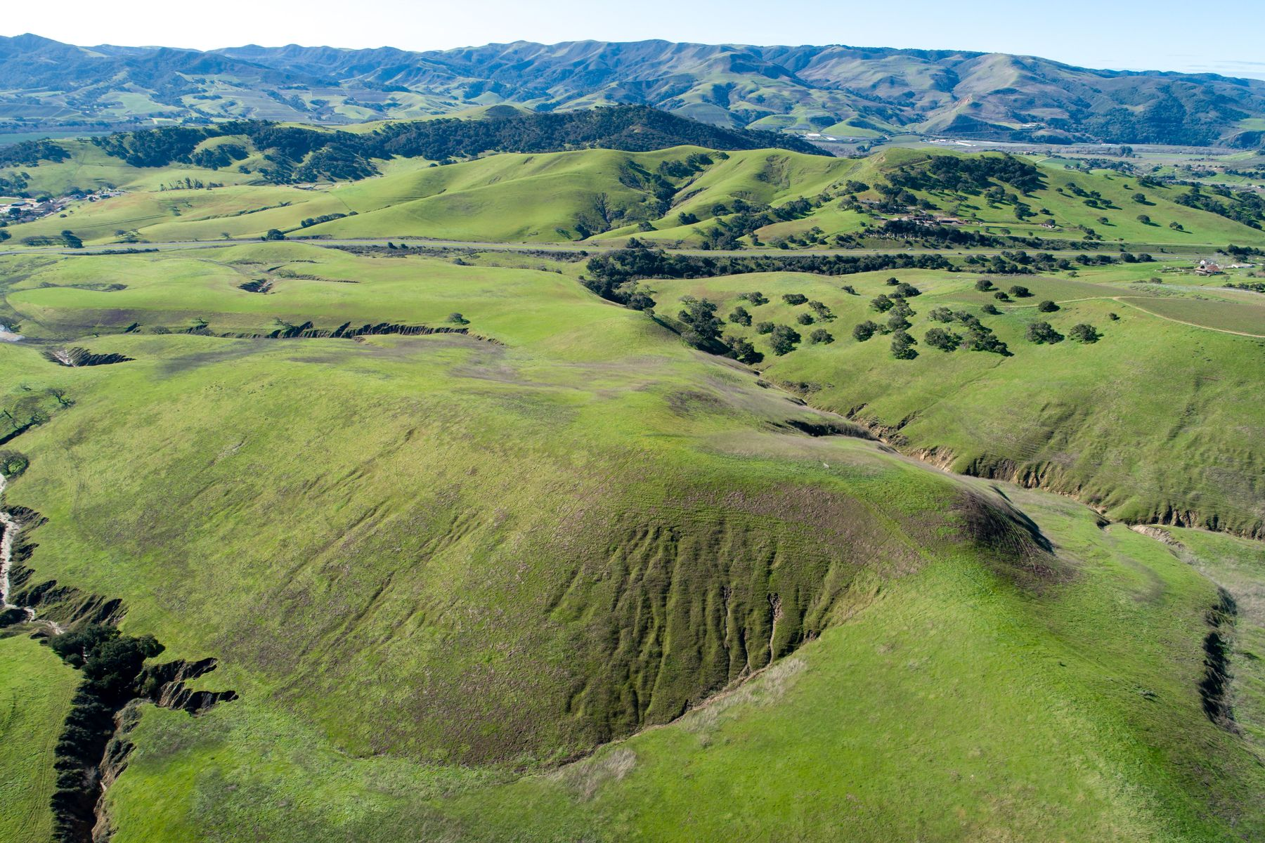 Additional photo for property listing at 1000+/- Acres In The Santa Rita Hills 7631 East Hwy 246 Lompoc, California 93436 Estados Unidos