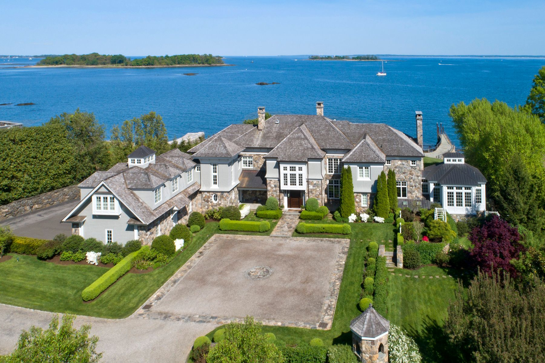Single Family Homes for Sale at Serenity by the Sea 215 Byram Shore Road Greenwich, Connecticut 06830 United States