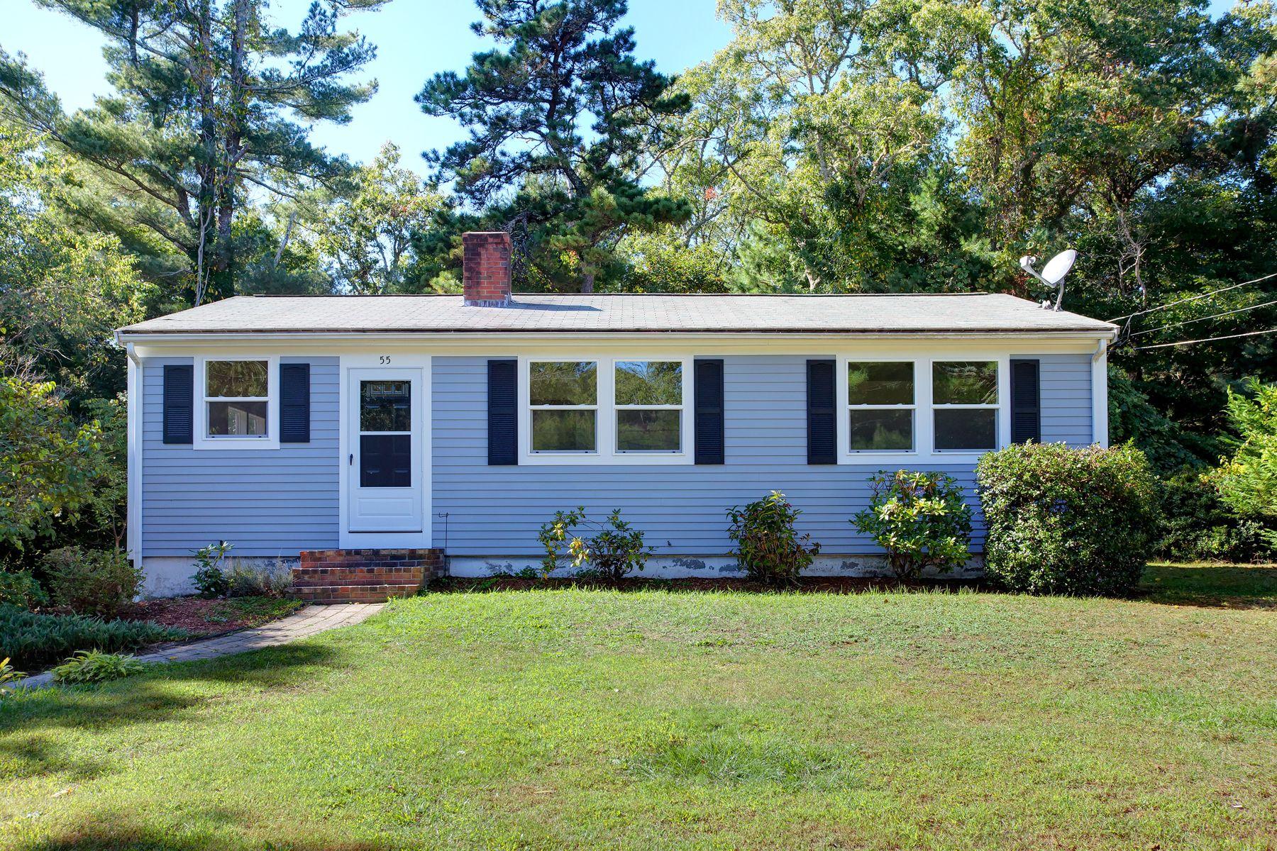Other Residential Homes por un Venta en 55 Cliff Road Bourne, Massachusetts 02532 Estados Unidos