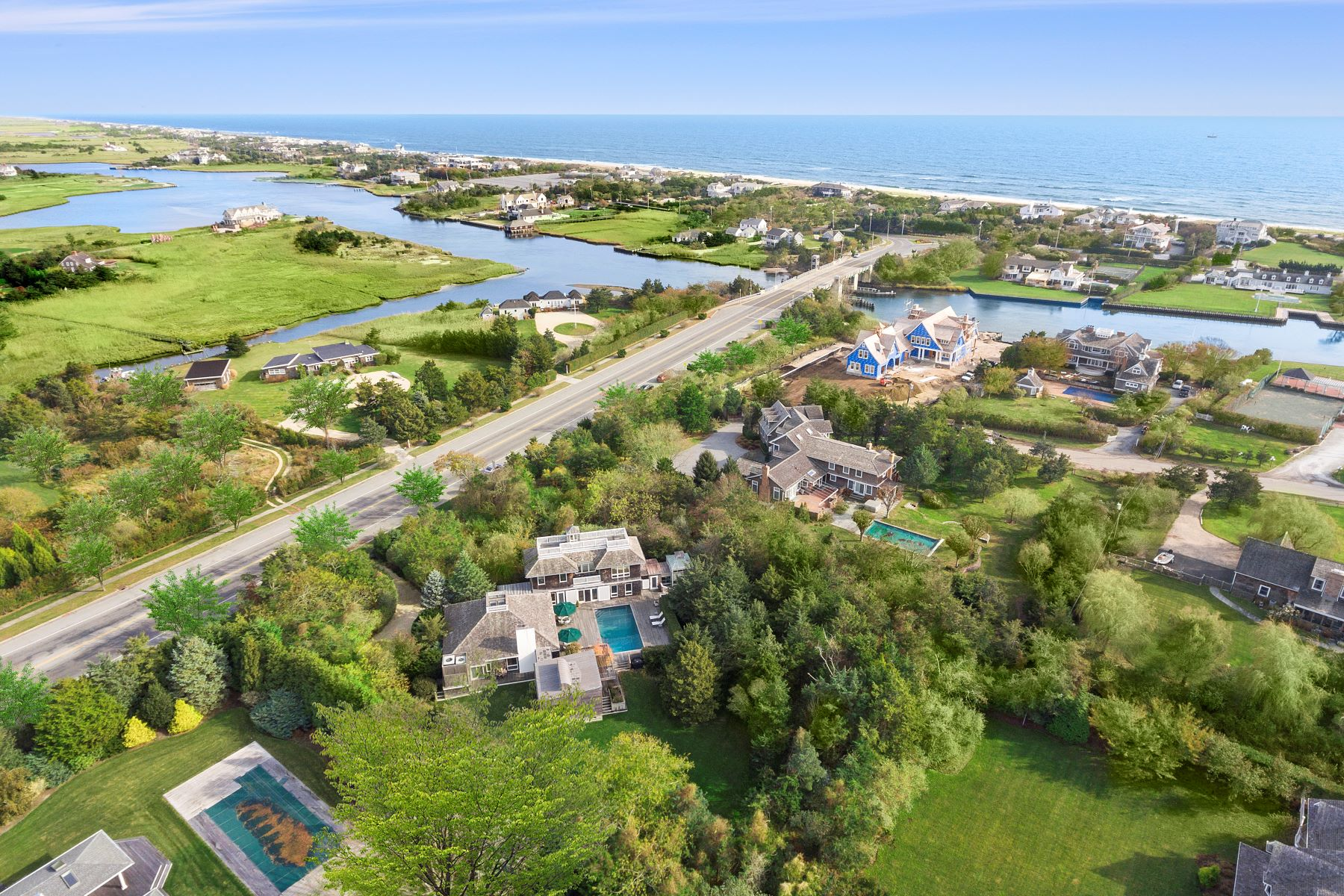 Single Family Homes 為 出售 在 Private Haven In Quogue's Estate Area 19 Post Lane, Quogue, 纽约 11959 美國