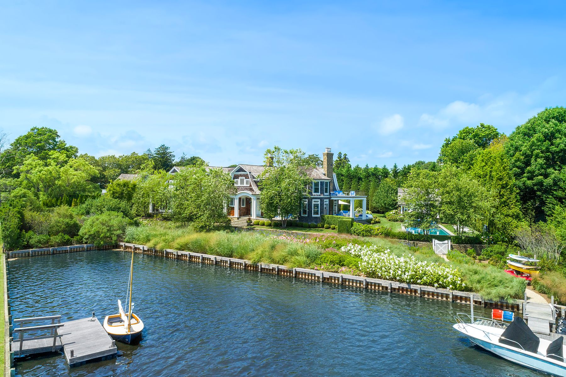Single Family Homes for Active at Water Mill Waterfront 29 Cobb Isle Road Water Mill, New York 11976 United States