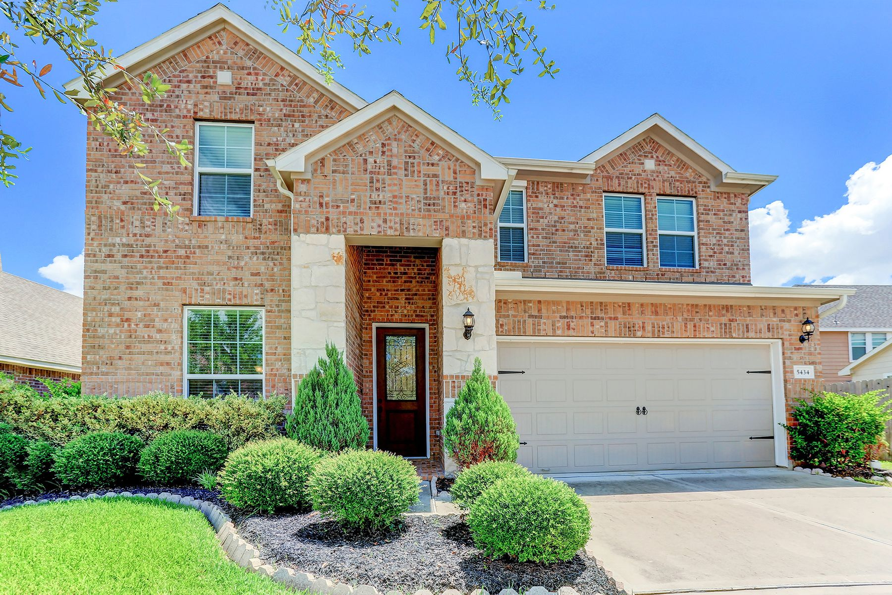 Single Family Homes for Sale at 5434 Fieldstone Terrace Richmond, Texas 77407 United States