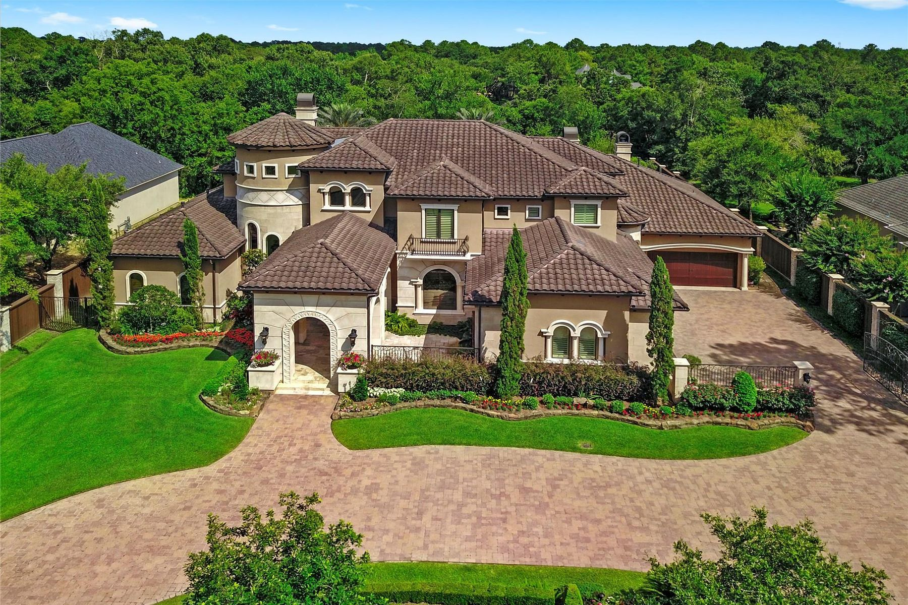 Single Family Homes pour l Vente à 905 Coward Creek 905 Cowards Creek, Friendswood, Texas 77546 États-Unis