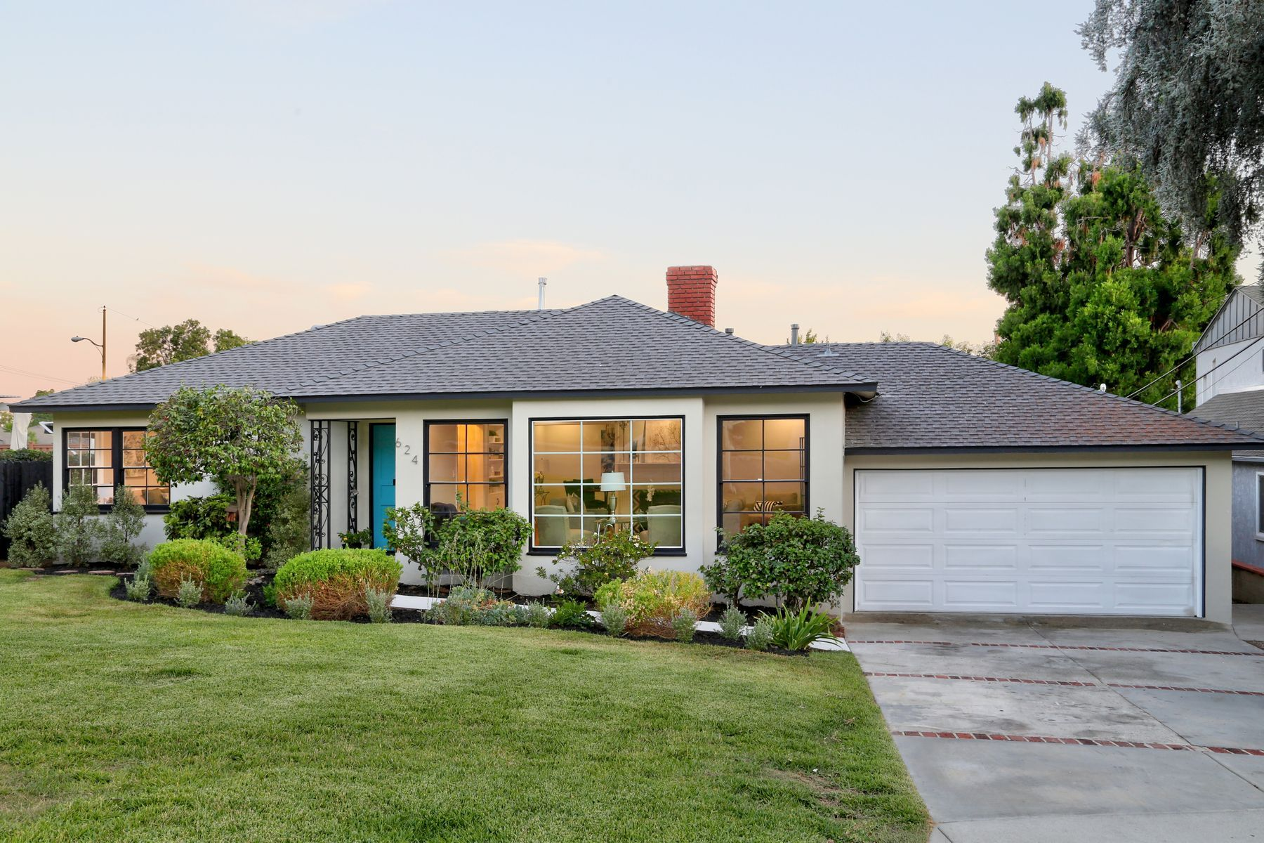 Single Family Homes for Sale at 624 West Hillcrest Boulevard Monrovia, California 91016 United States