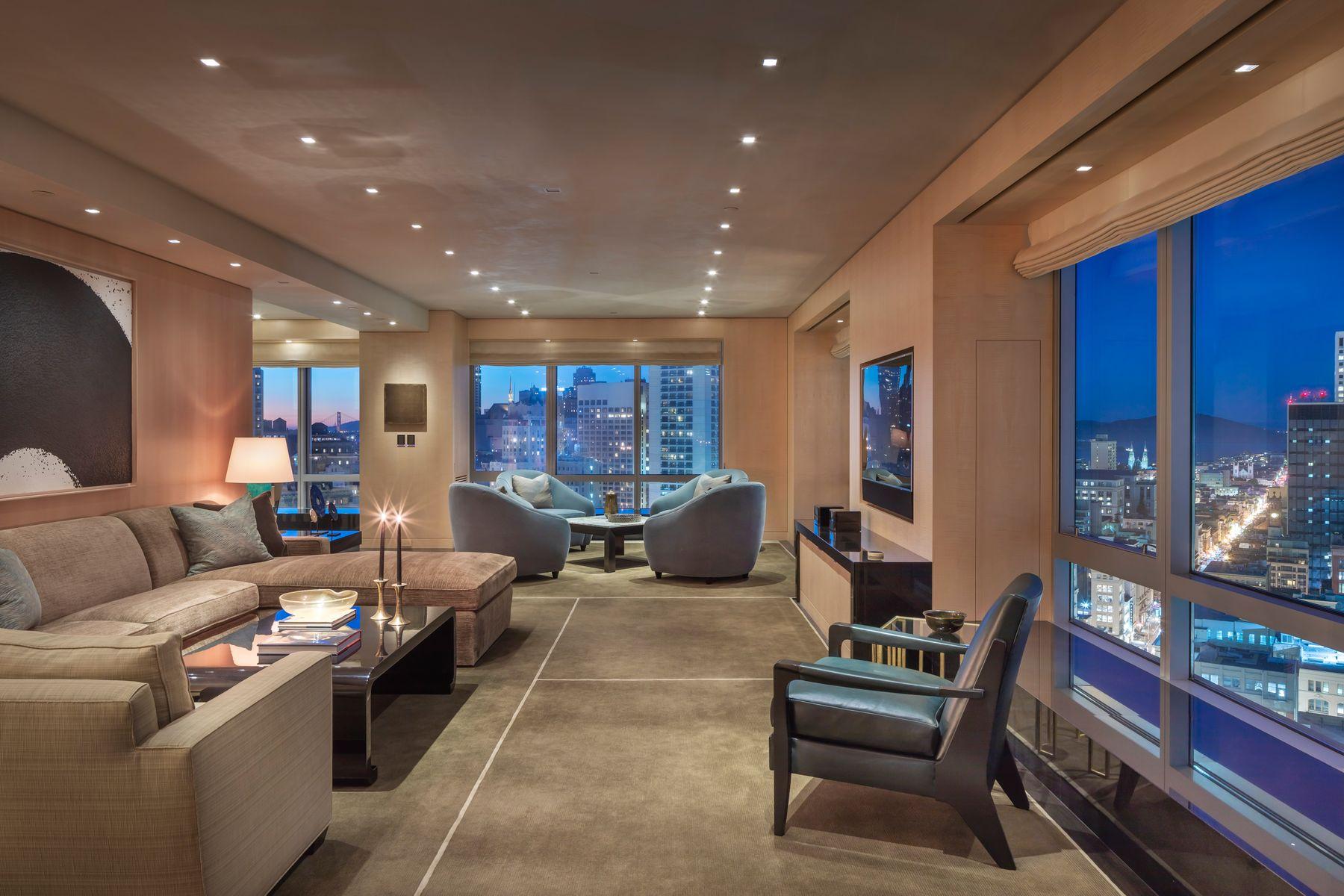 Condominiums por un Venta en Bespoke Four Seasons Residence 765 Market St #32CD San Francisco, California 94103 Estados Unidos