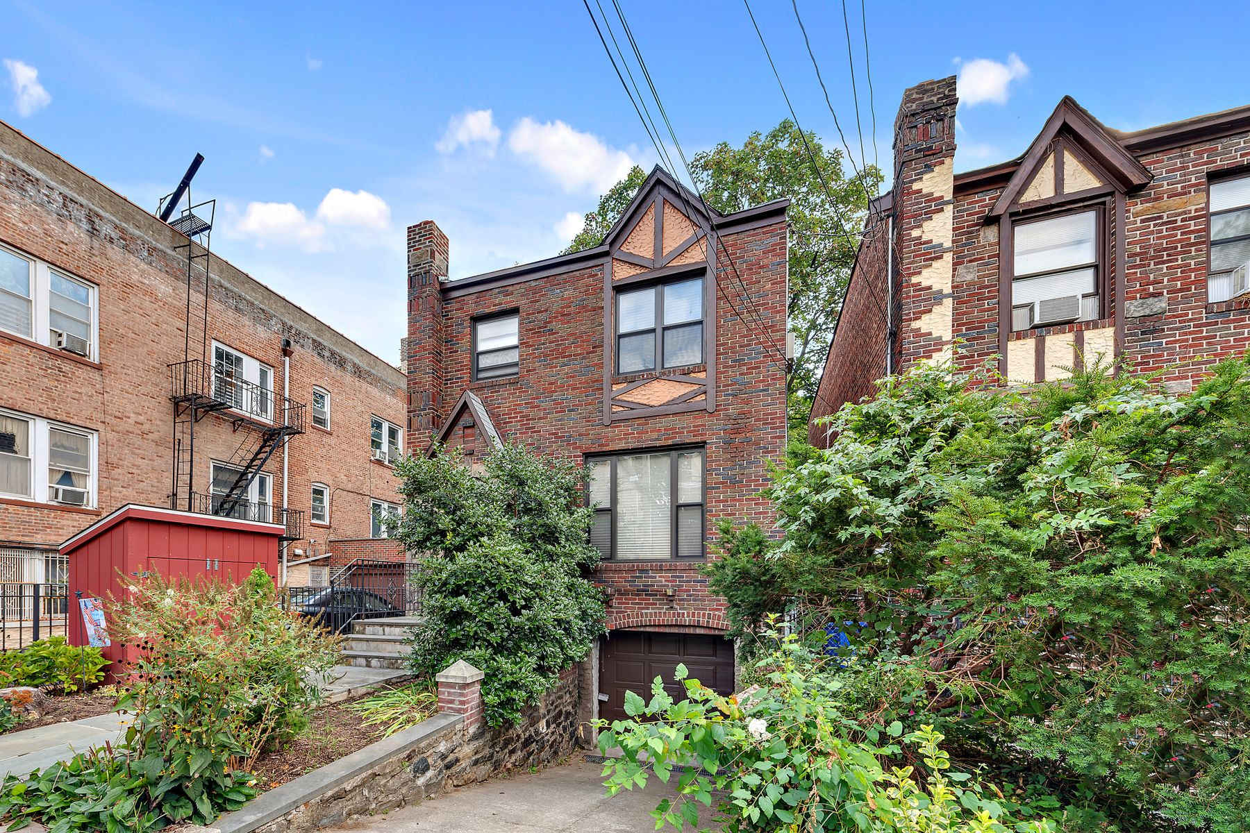 Single Family Homes for Sale at 6036 Huxley Avenue Bronx, New York 10471 United States
